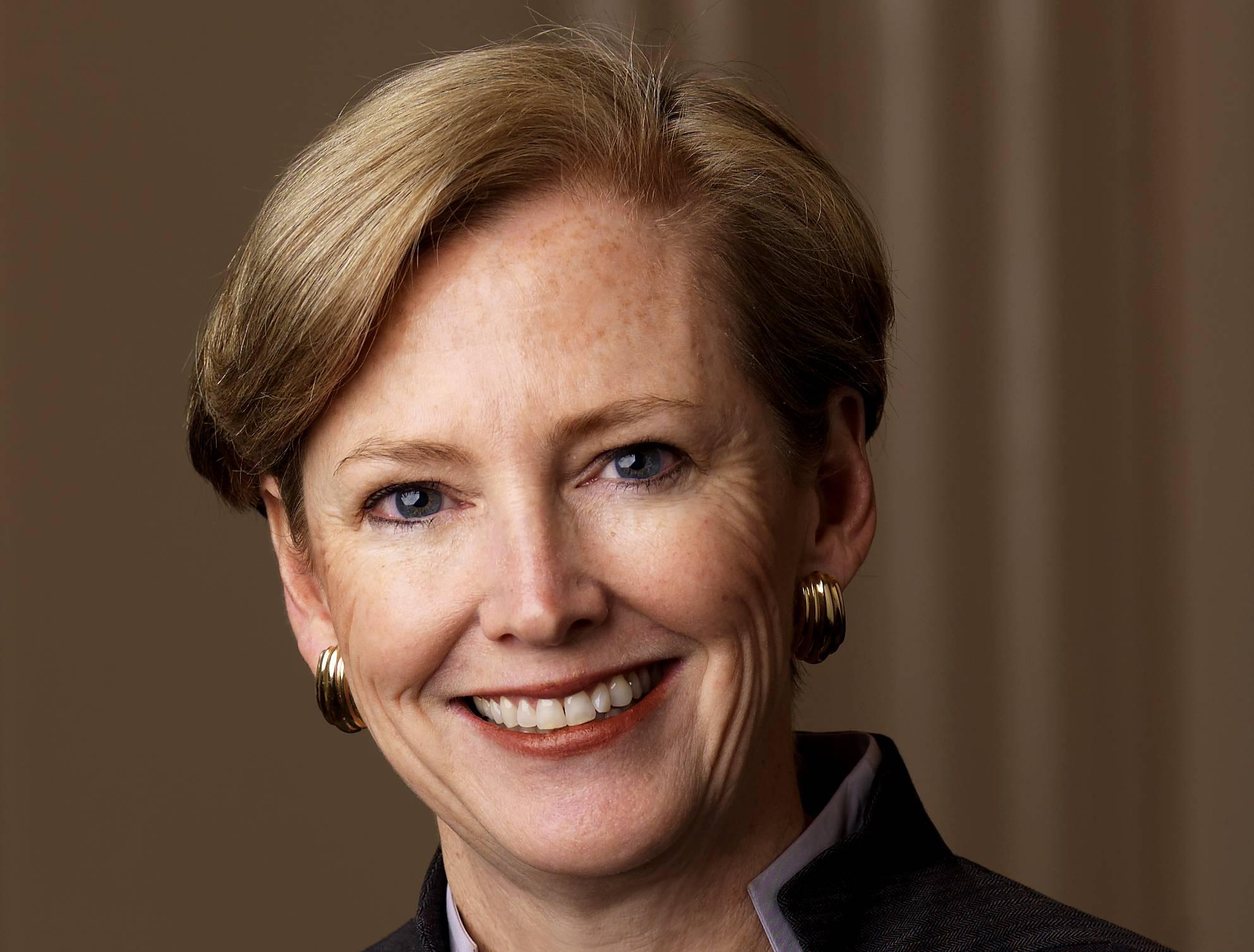 <h2>Ellen J. Kullman</h2>