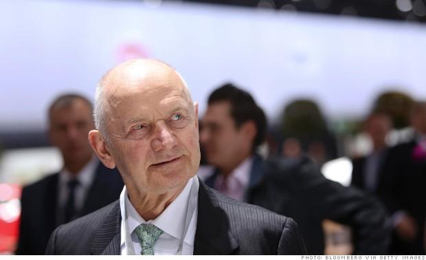 VW board chairman Ferdinand Piech has approached Fiat's John Elkann about a possible deal, according to a German report.