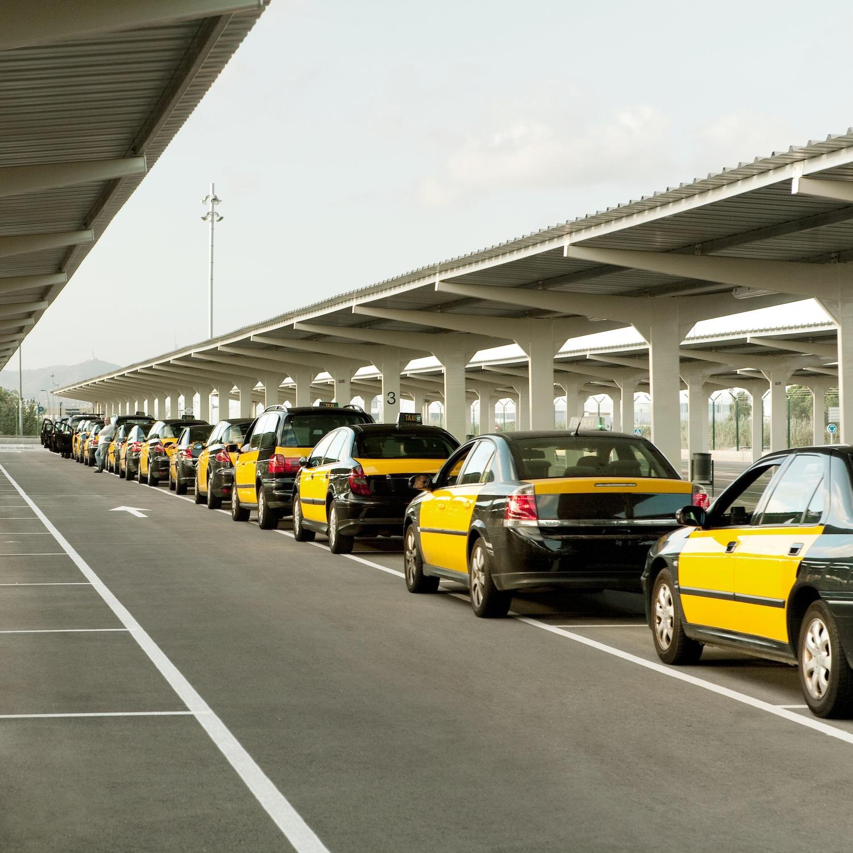 Taxis at Barcelona–El Prat Airport
