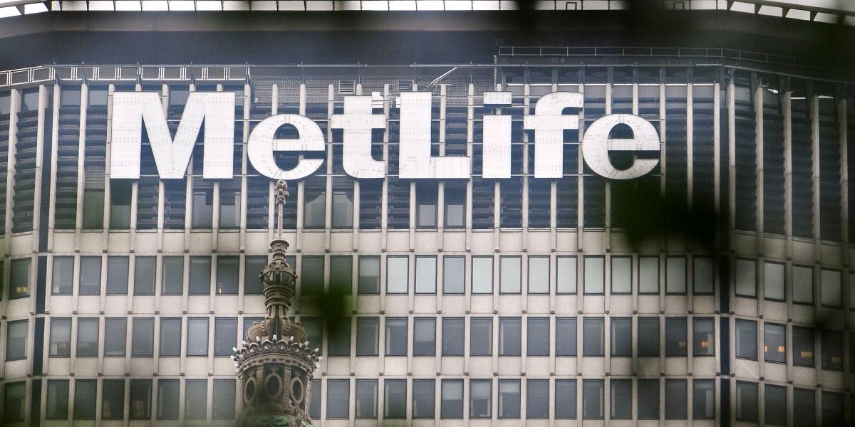 MetLife Weighs U S  Retail IPO as CEO Seeks Less Oversight