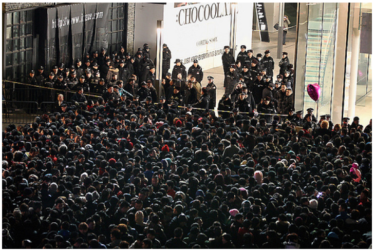The 2012 launch of the iPhone 4S in Beijing.