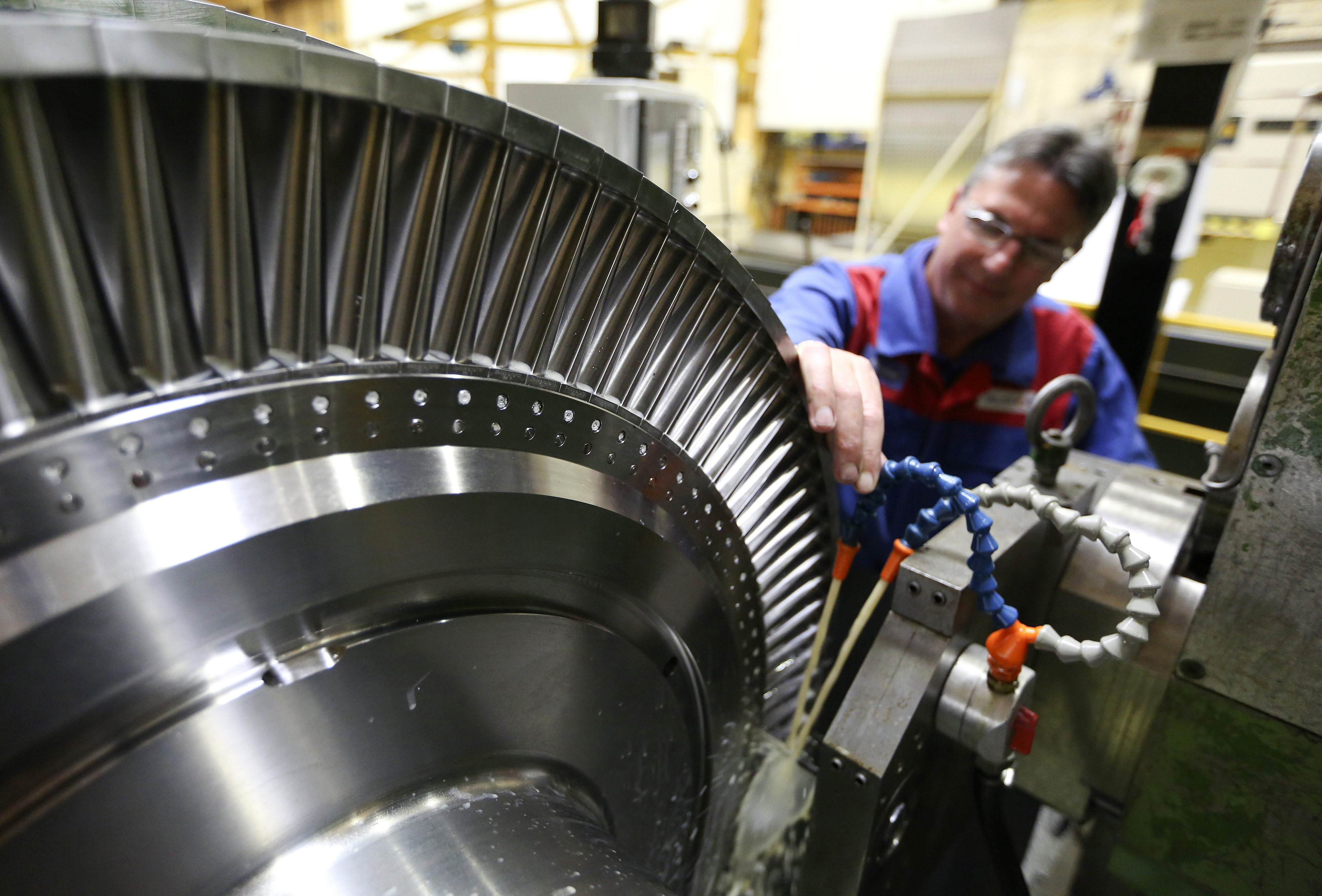GE is fighting Siemens and Mitsubishi for supremacy in the global market for turbines.