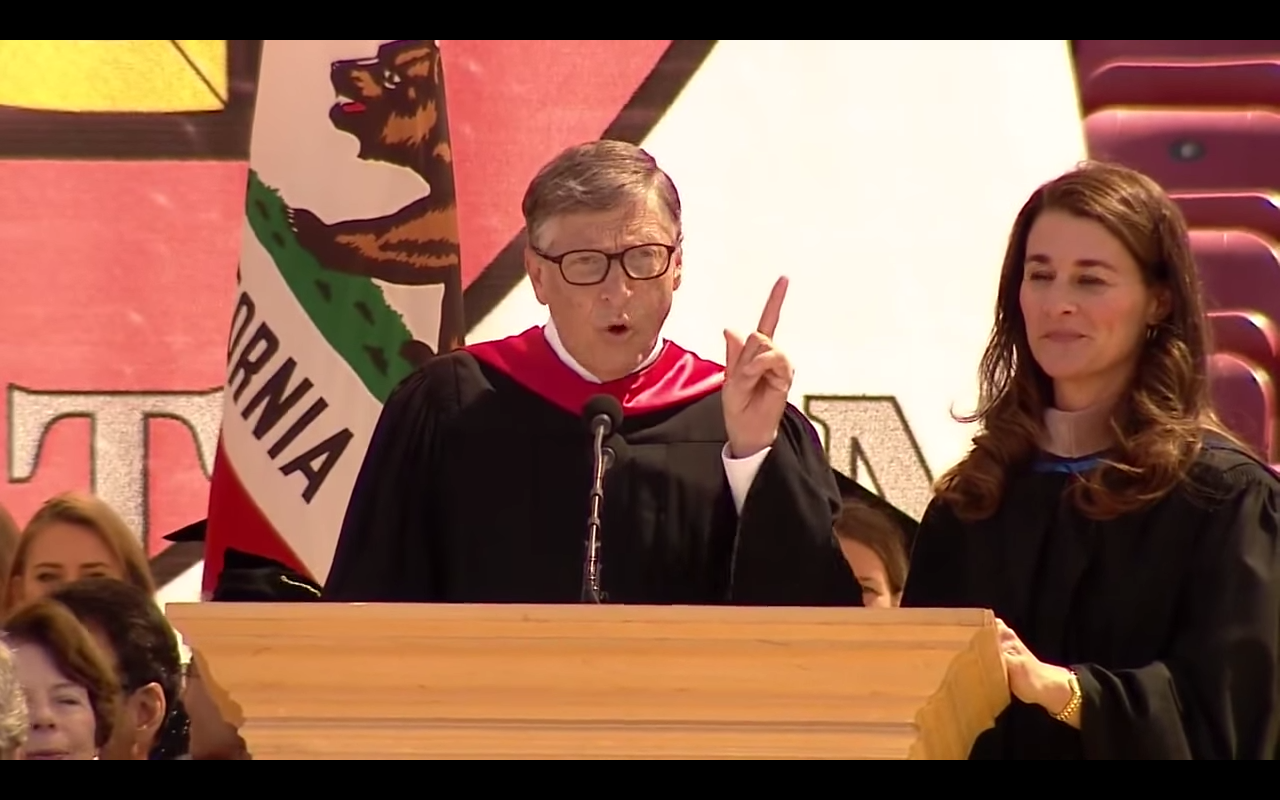 Bill and Melinda Gates deliver address graduates at the 2014 Stanford University Commencement.