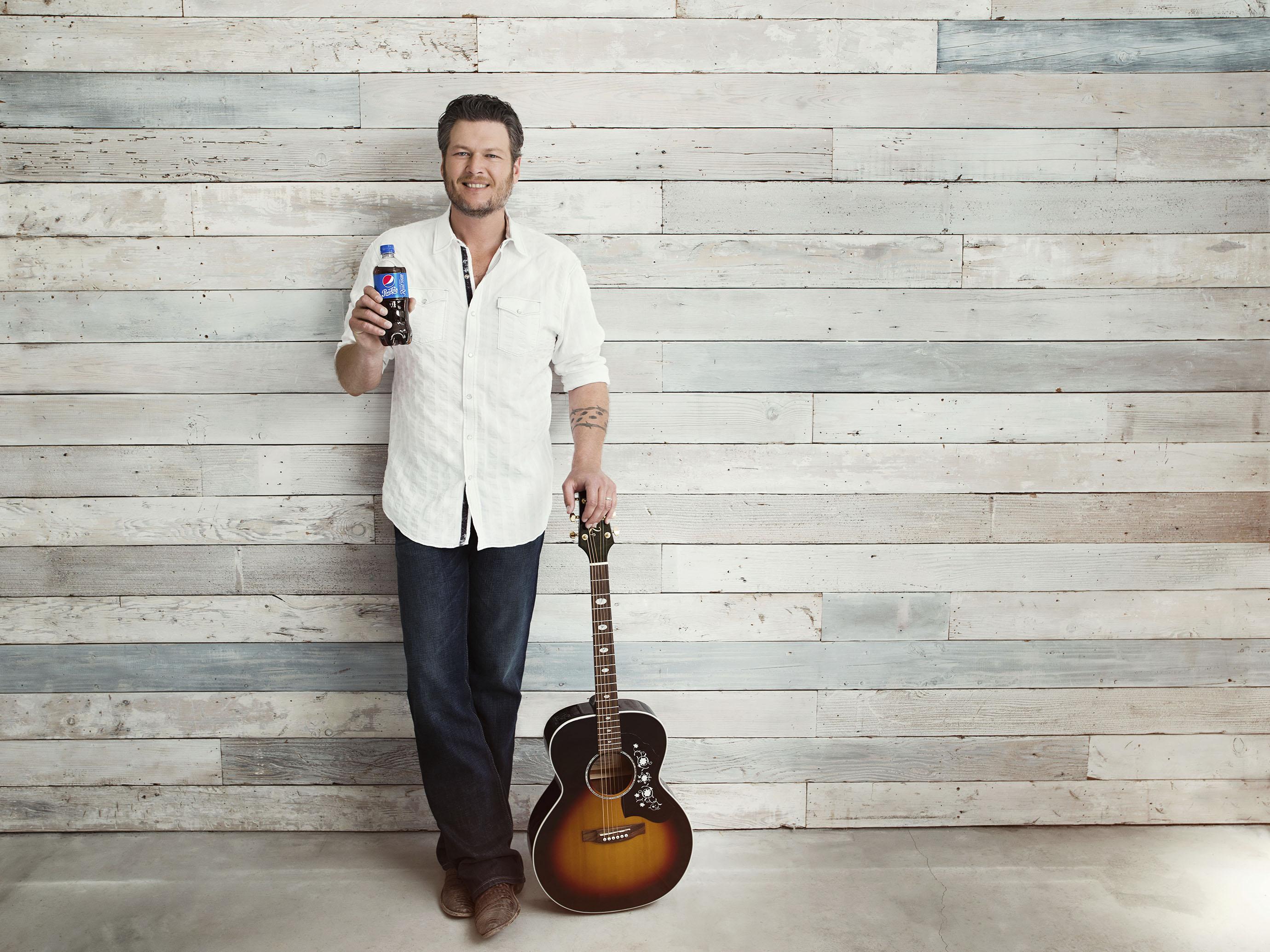 Pepsi's new All-American voice: Blake Shelton