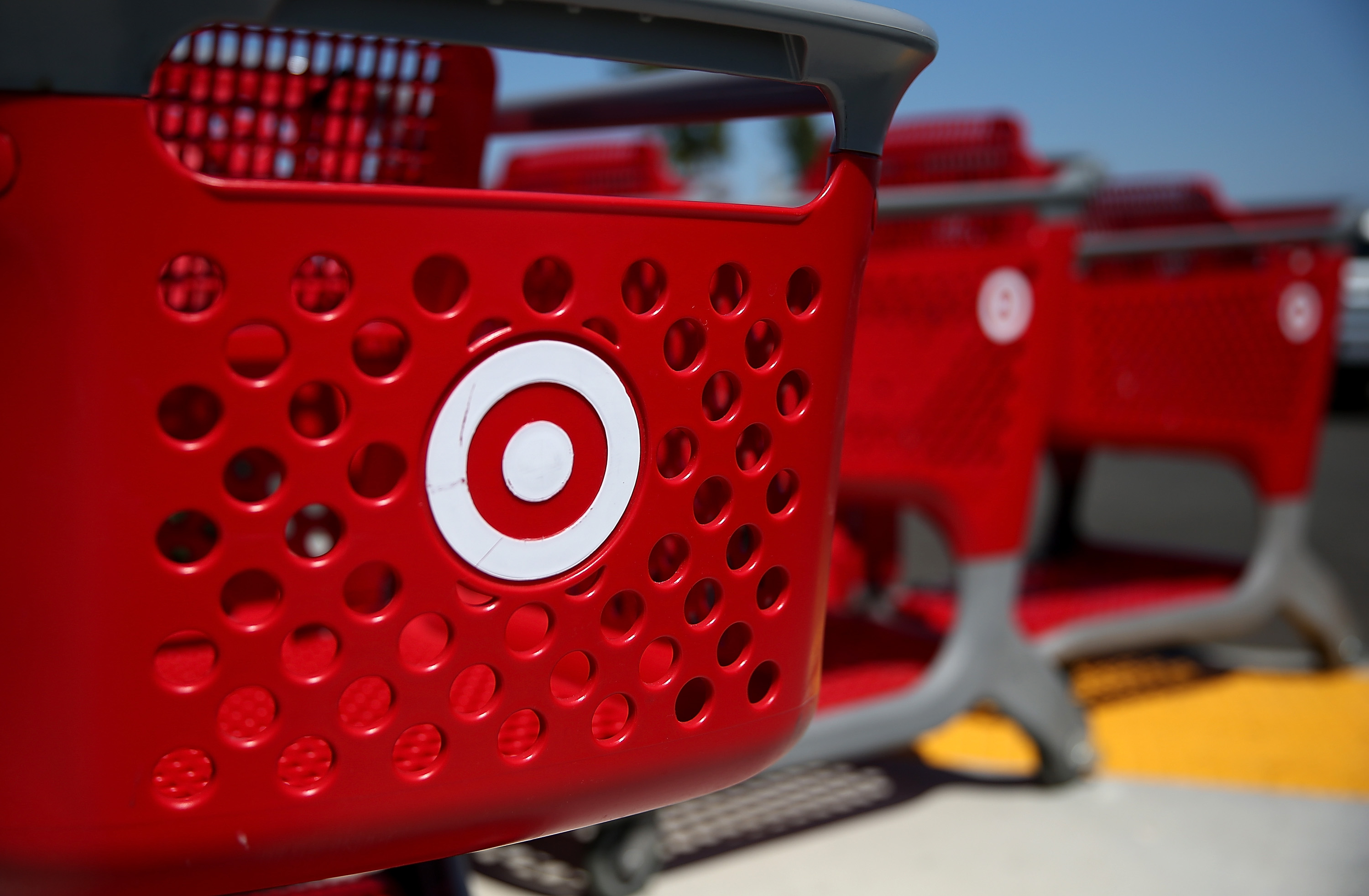 Target To Leave Some Stores Open To Midnight