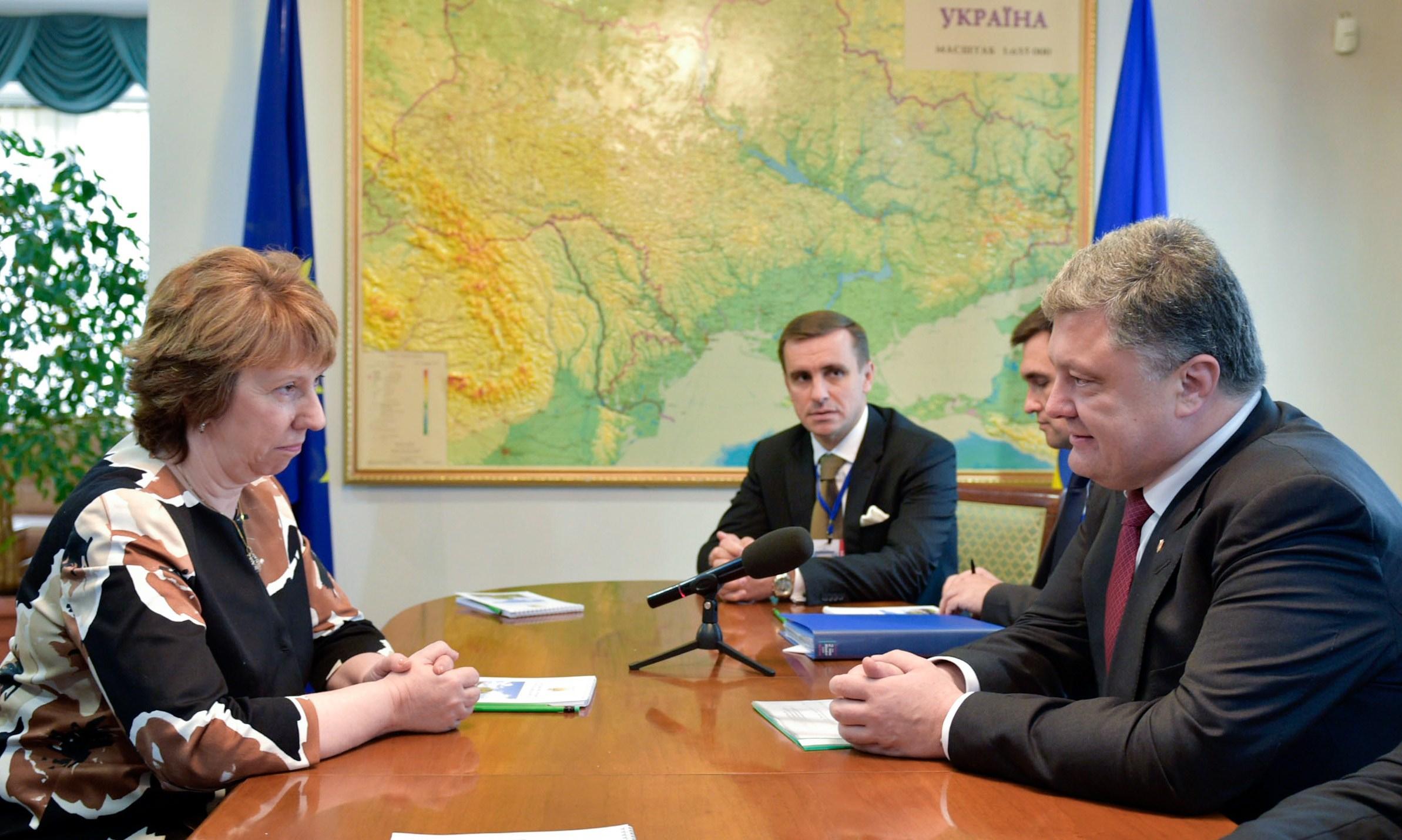 UKRAINE-RUSSIA-CRISIS-POROSHENKO-ASHTON