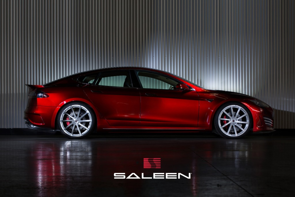 Saleen Model S FOURSIXTEEN