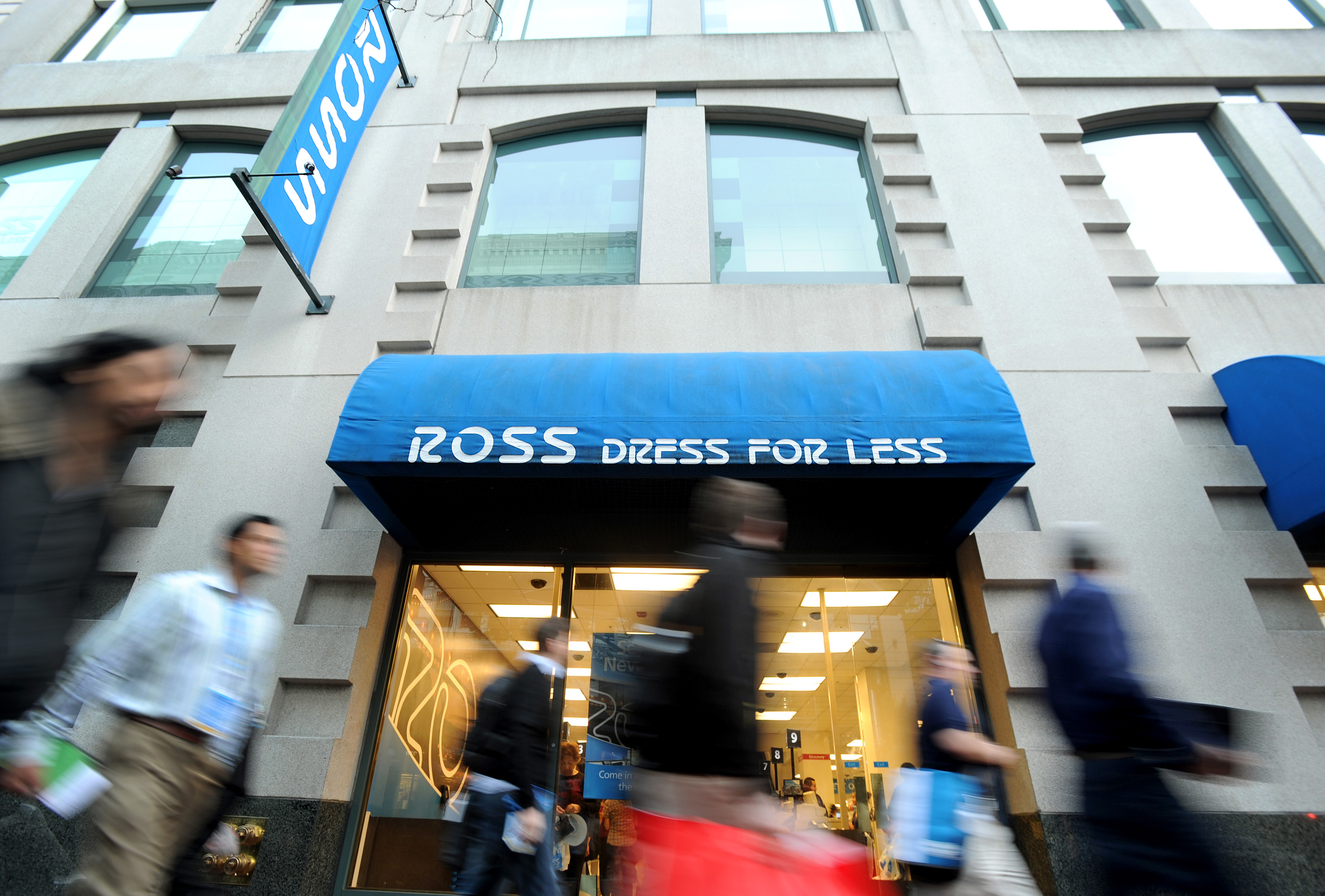 Ross's 60%-Off Nikes Set to Overtake Gap With Thrifty Customers