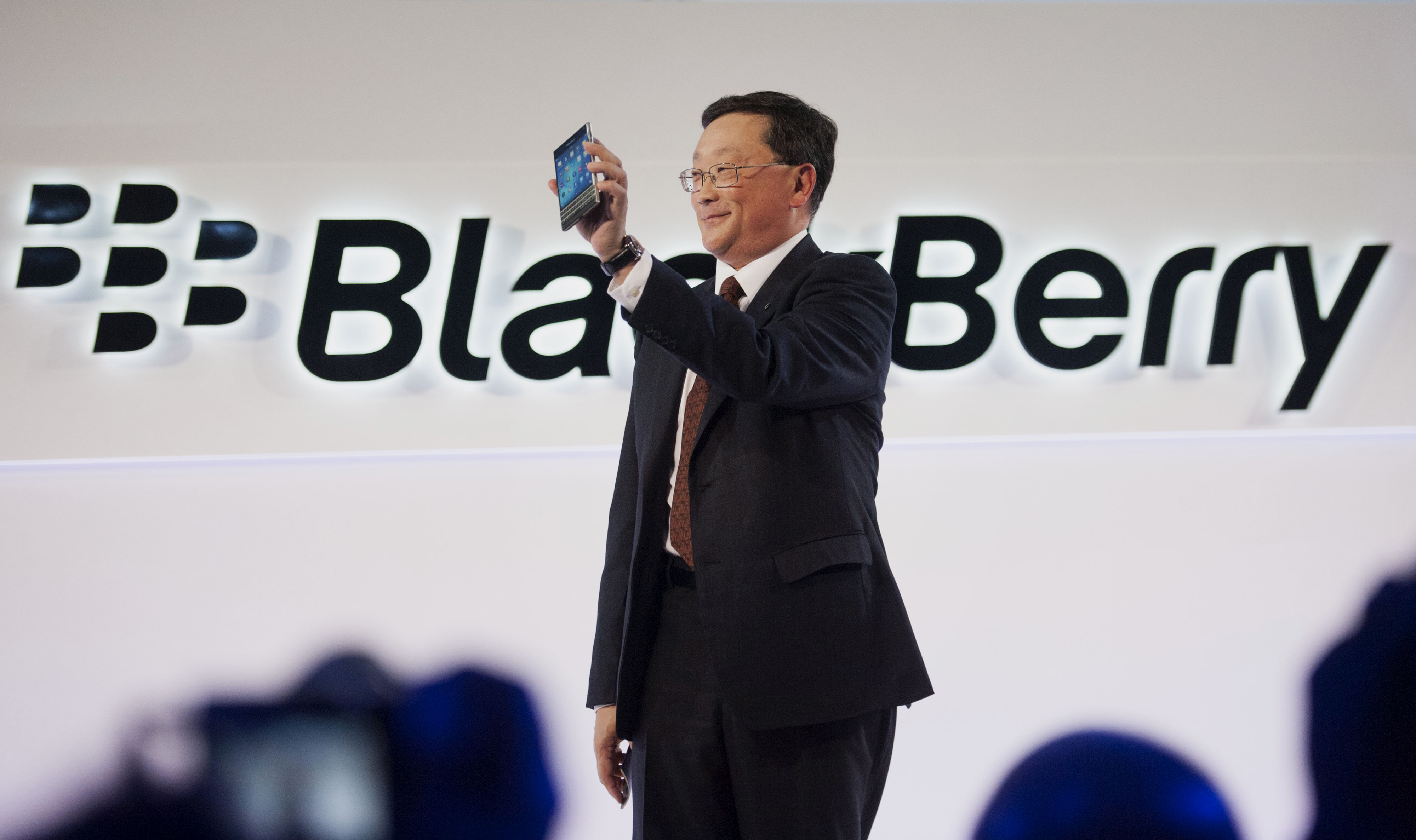 BlackBerry Ltd. Unveils The Square-Screened Passport Smartphone
