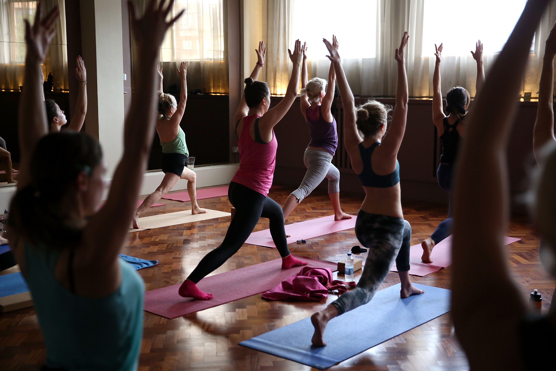 lululemon athletica Hosts Complimentary Yoga Citywide