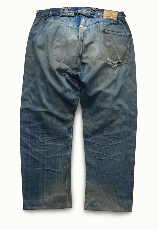 """1f5f3d7c2fe Latvian émigré and tailor Jacob Davis and his fabric supplier, Strauss,  patent and manufacture the """"XX"""" pants, later dubbed the 501."""
