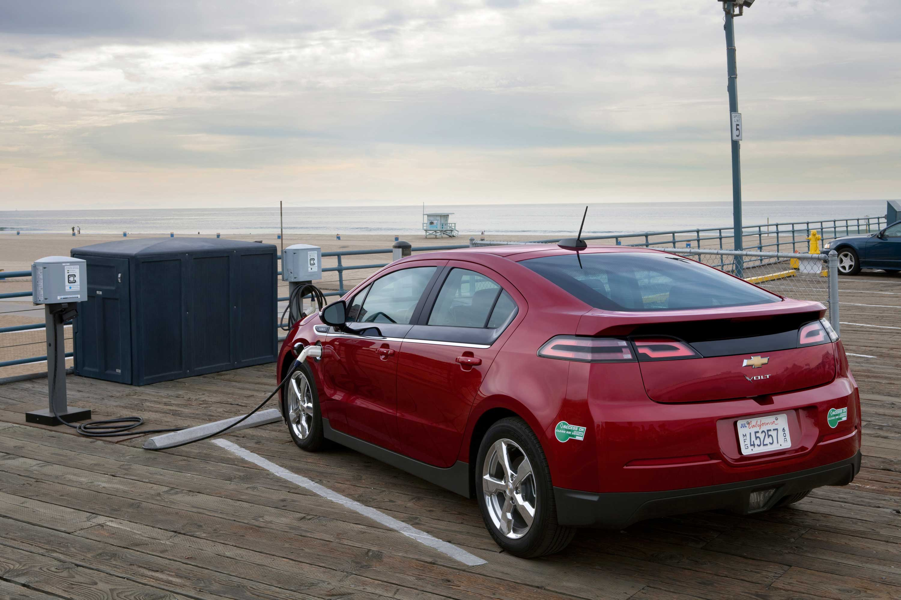 Can The Second Generation Chevrolet Volt Juice Sales Fortune