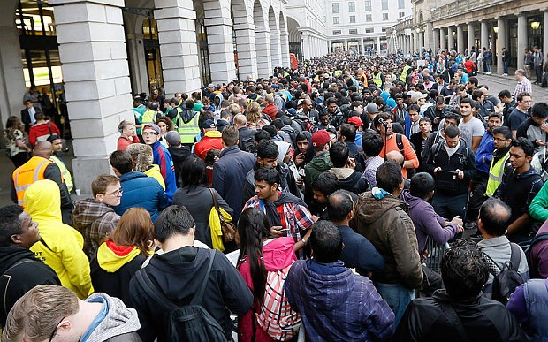 The iPhone 6 queue  in London's Covent Garden