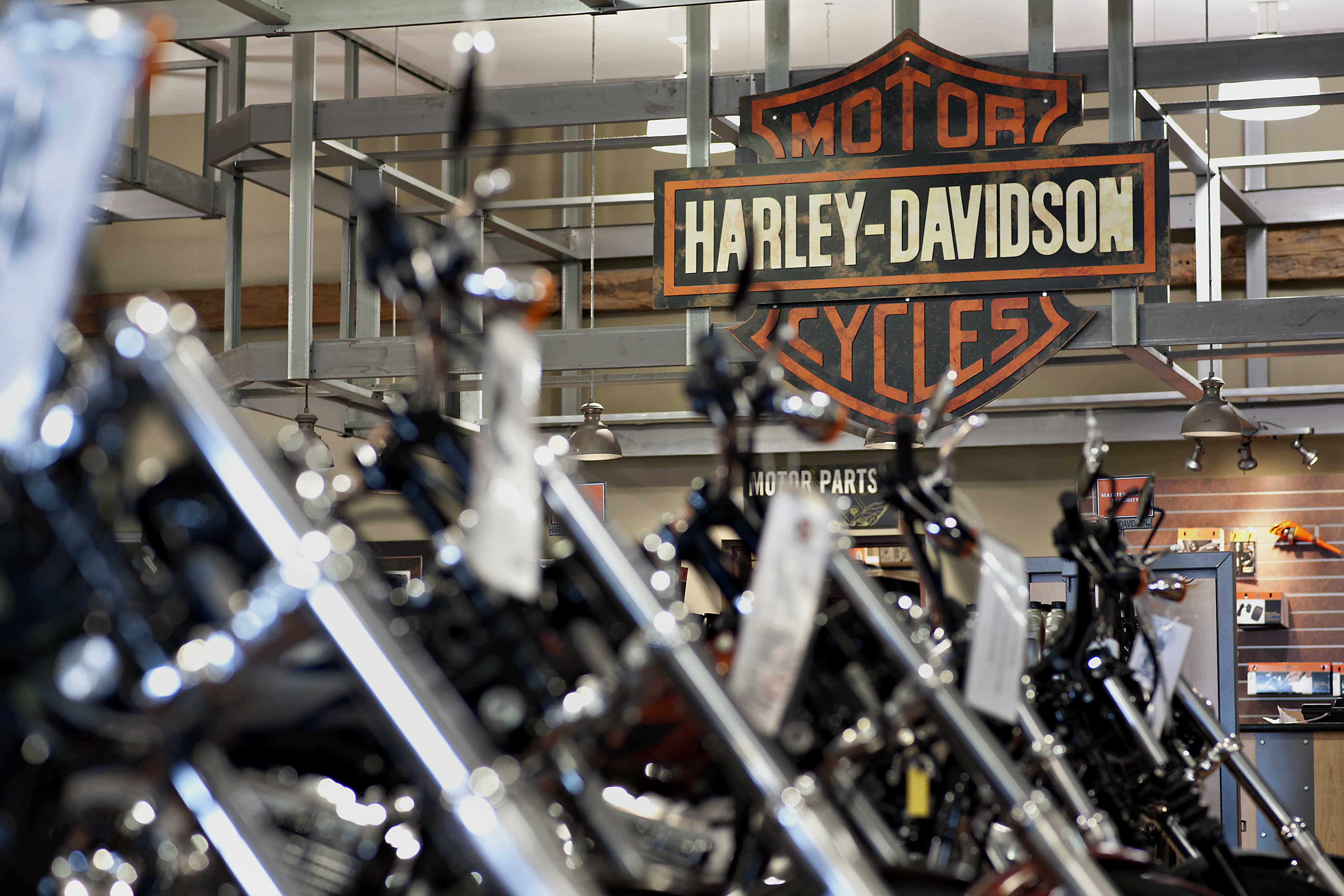 Harley Davidson Dealers Near Me >> How Harley Davidson Keeps Things Small Even As They Grow