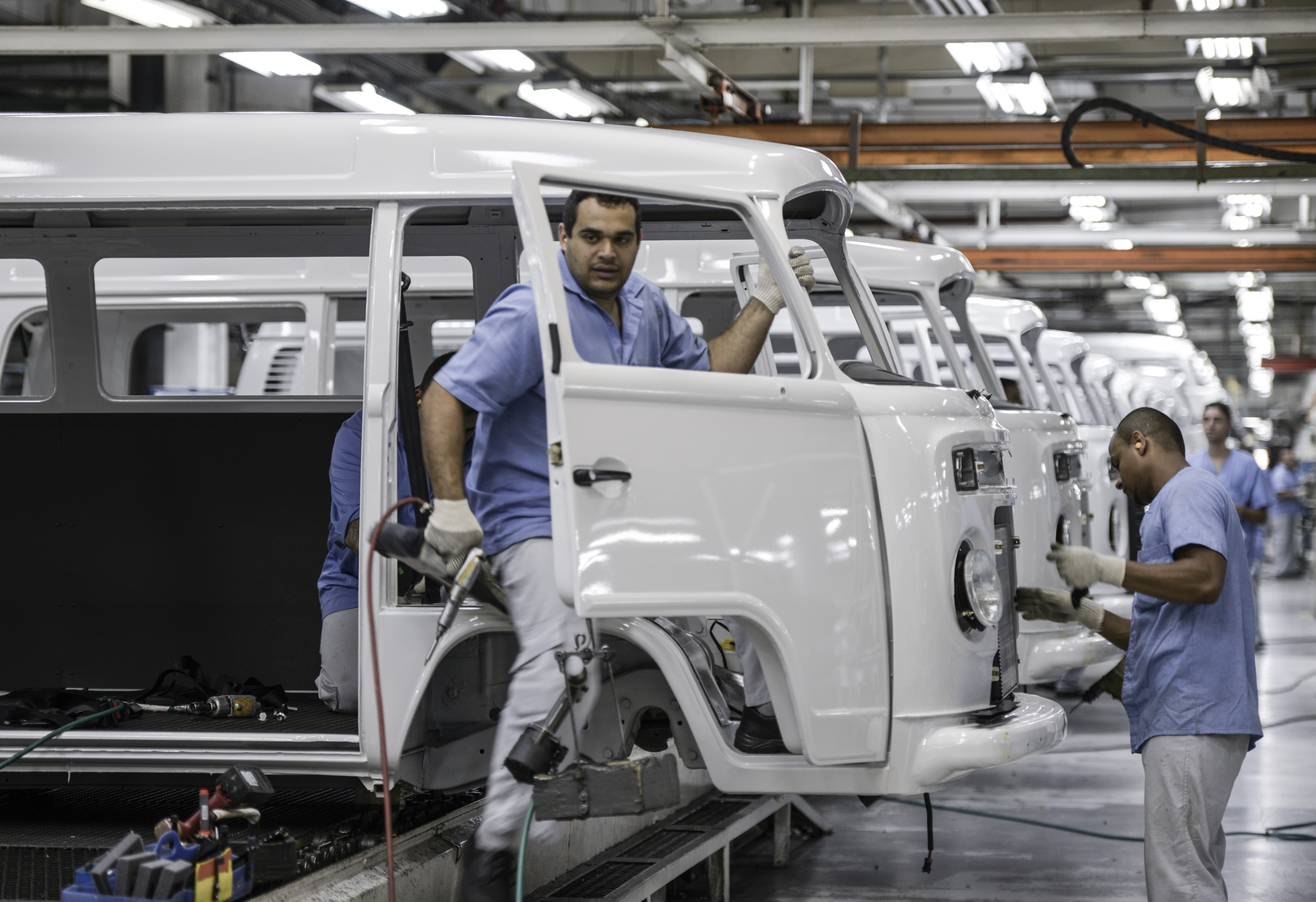 "Inside The Volkswagen AG ""Kombi"" Microbus Assembly Palnt Before Production Ends"