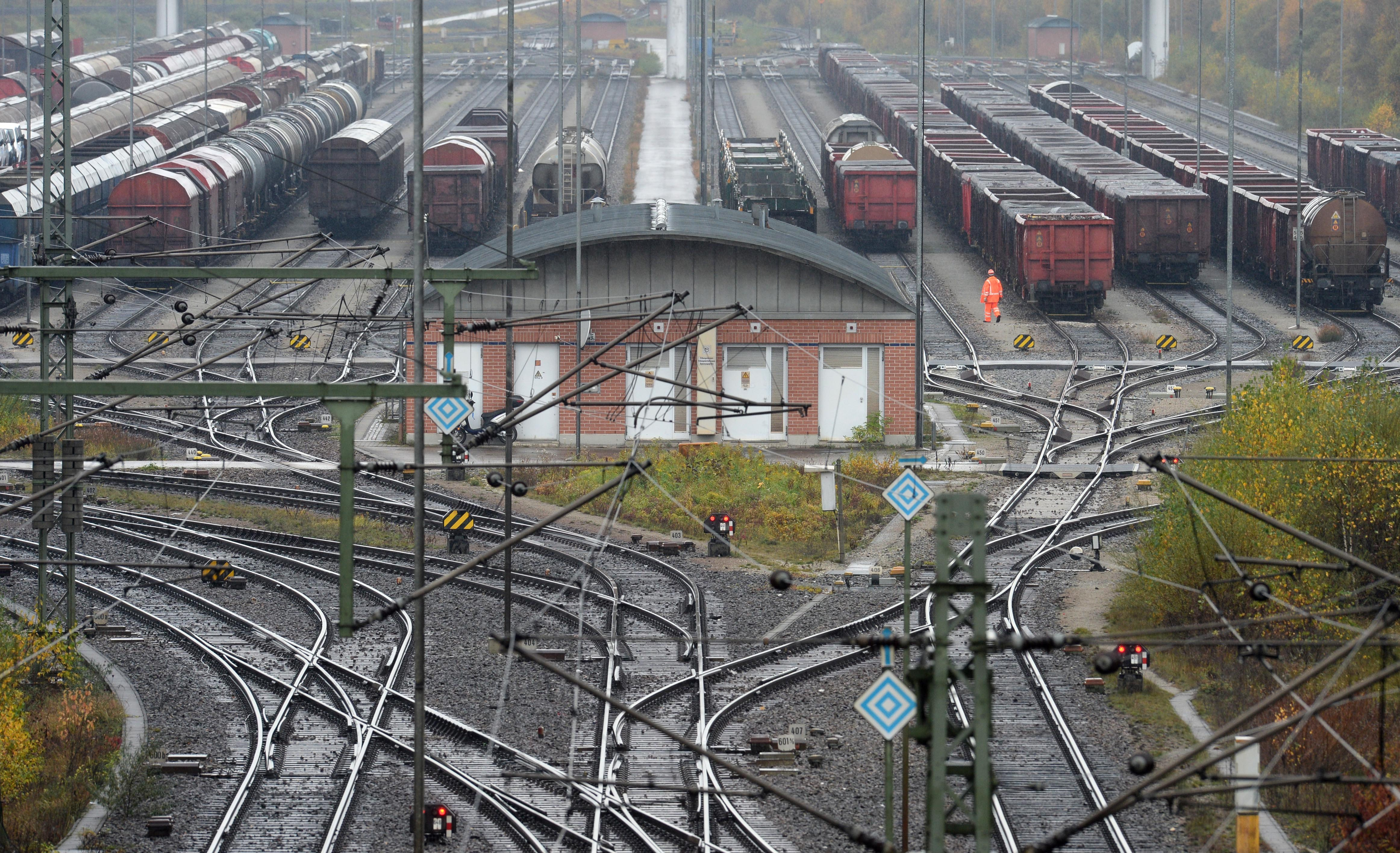 GERMANY-TRANSPORT-STRIKE-ECONOMY-LABOUR-RAIL-UNIONS