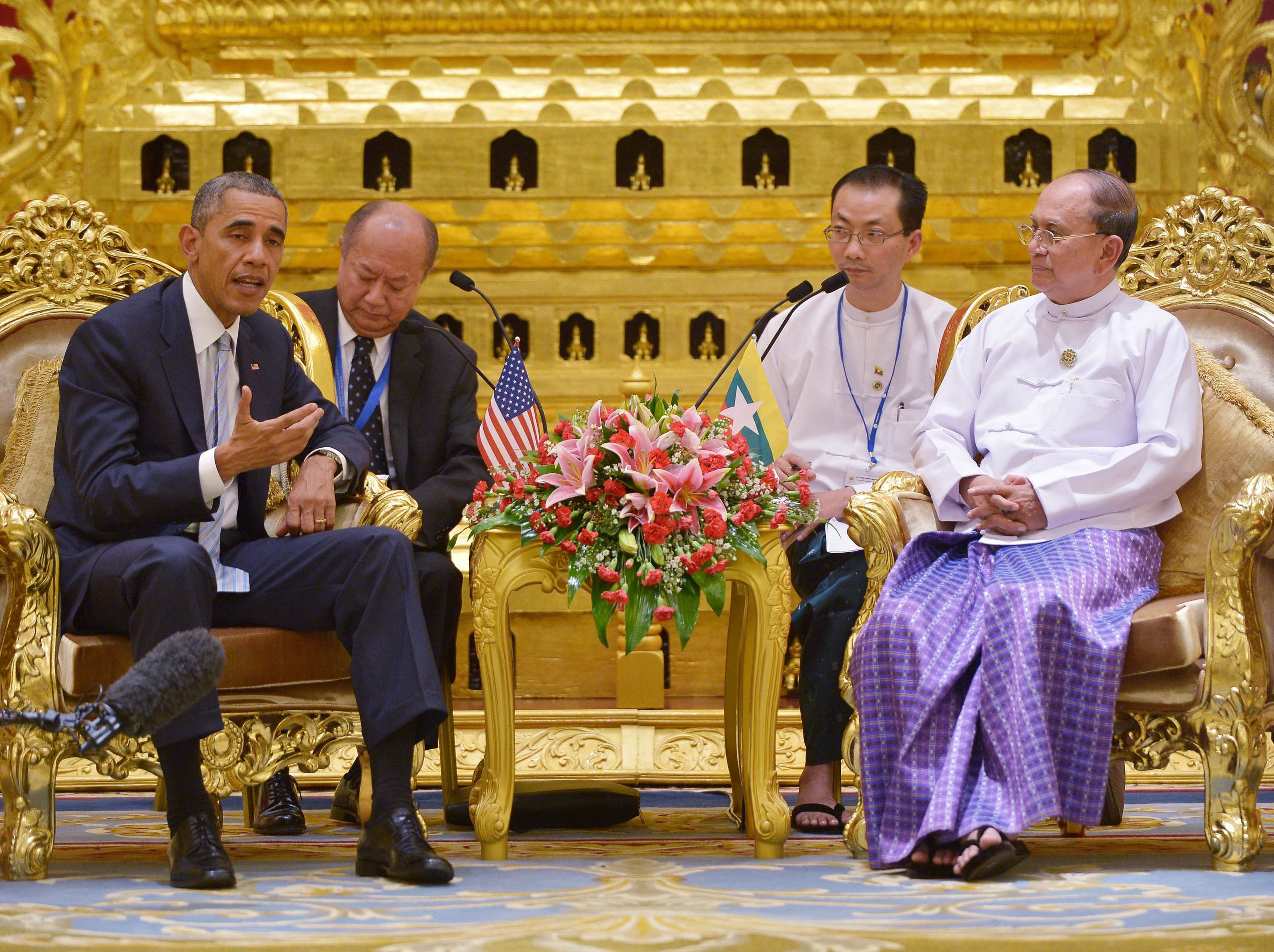 US President Barack Obama speaks during a bilateral meeting with Myanmar's President Thein Sein (R) at the Presidential Palace in Naypyidaw, Myanmar.