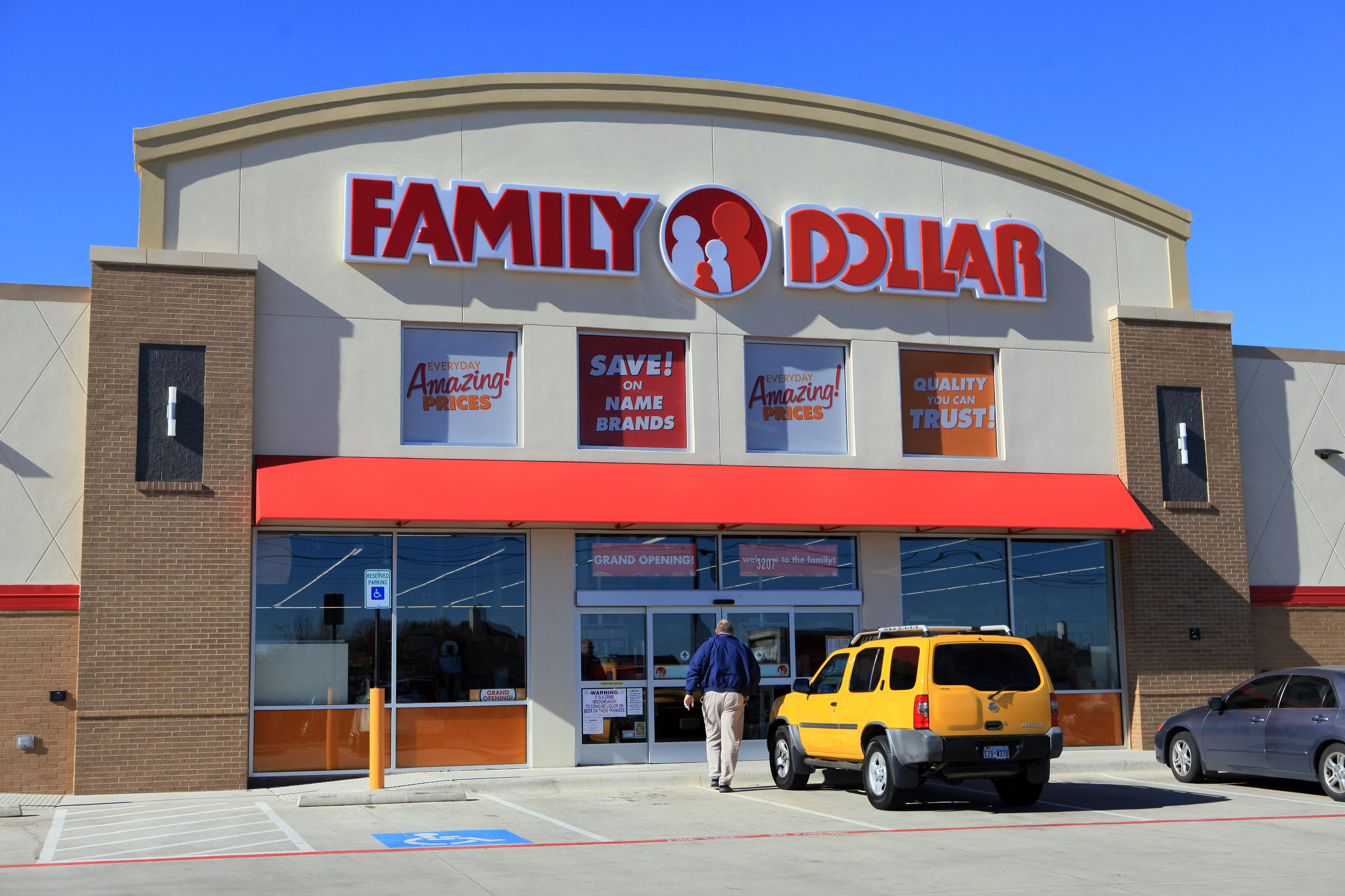Inside A Family Dollar Store Ahead Of Earnings Figures