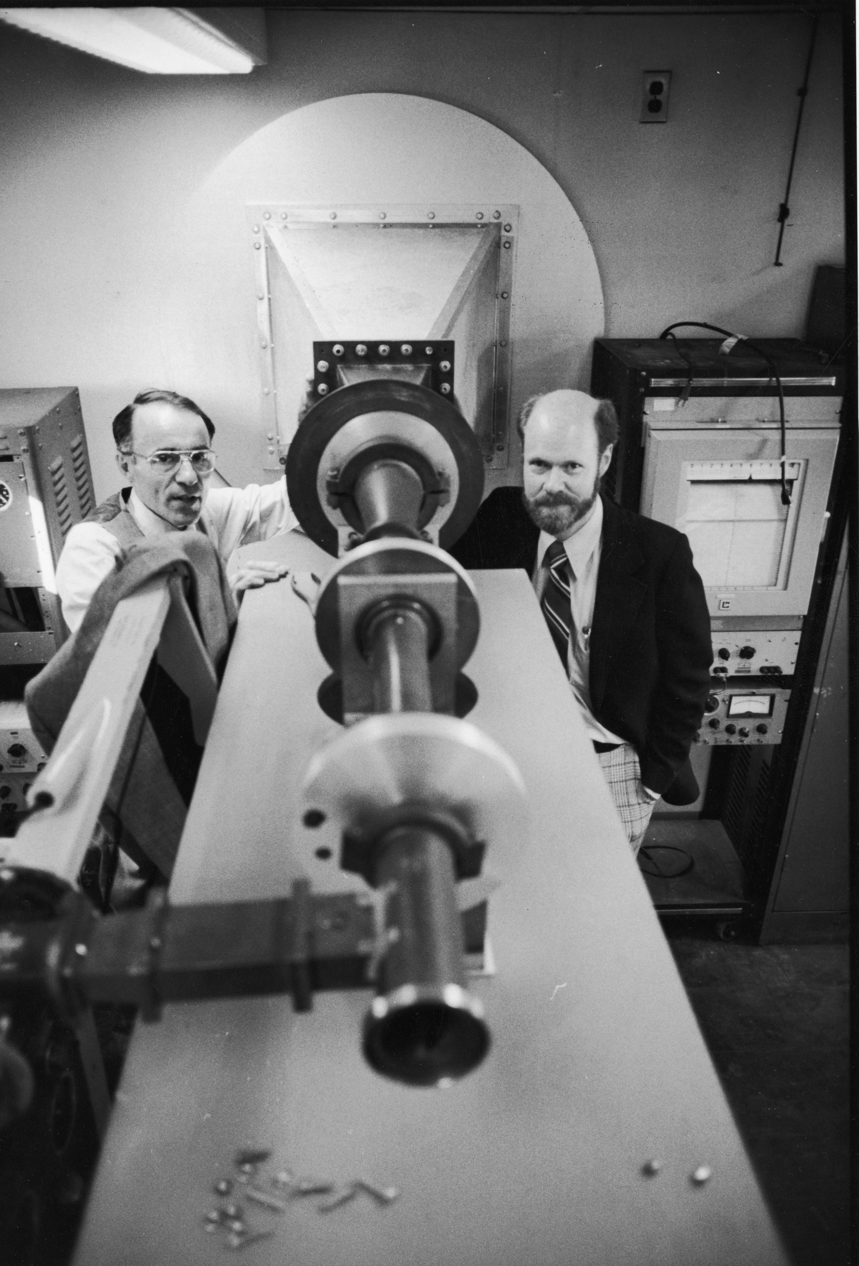 (R-L) The 1978 Nobel Prize in Physics winning Bell Telephone Labs scientists Robert Wilson & Arno Penzias in front of the antenna which helped them discover cosmic microwave background radiation.