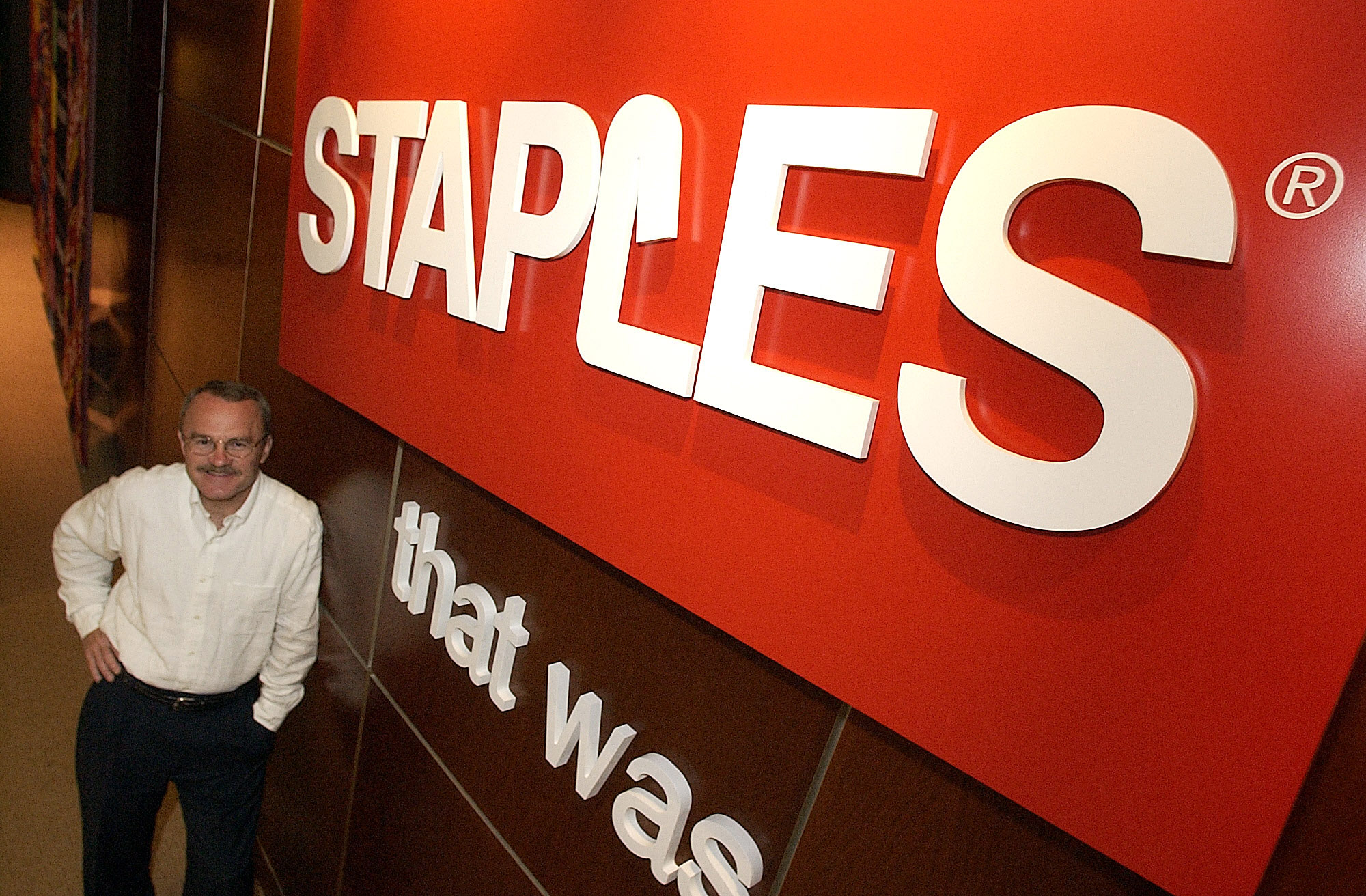 STAPLES EARNINGS