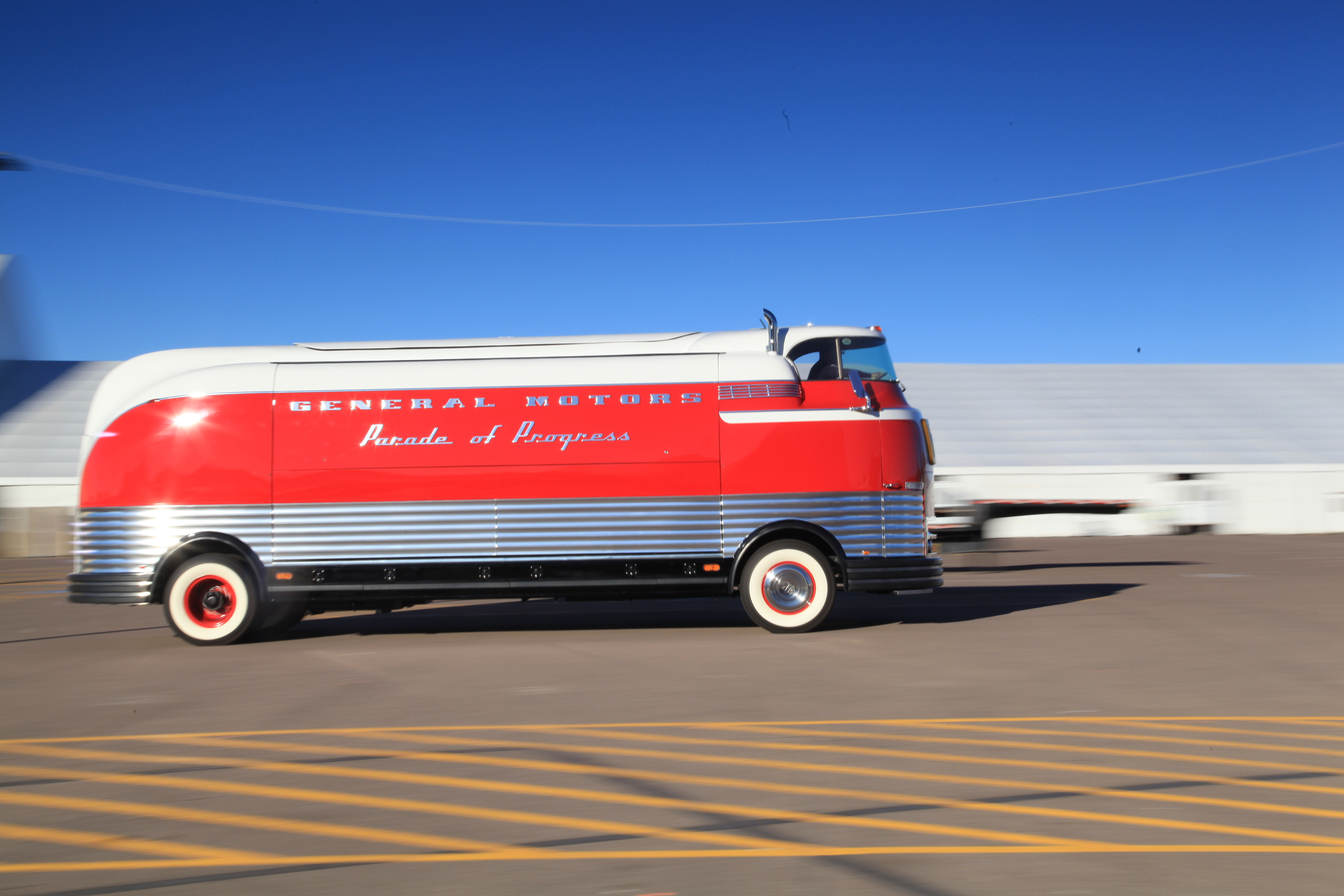 "The Futurliner first appeared in 1940 as part of a promotional road show that GM called the ""Parade of Progress."""