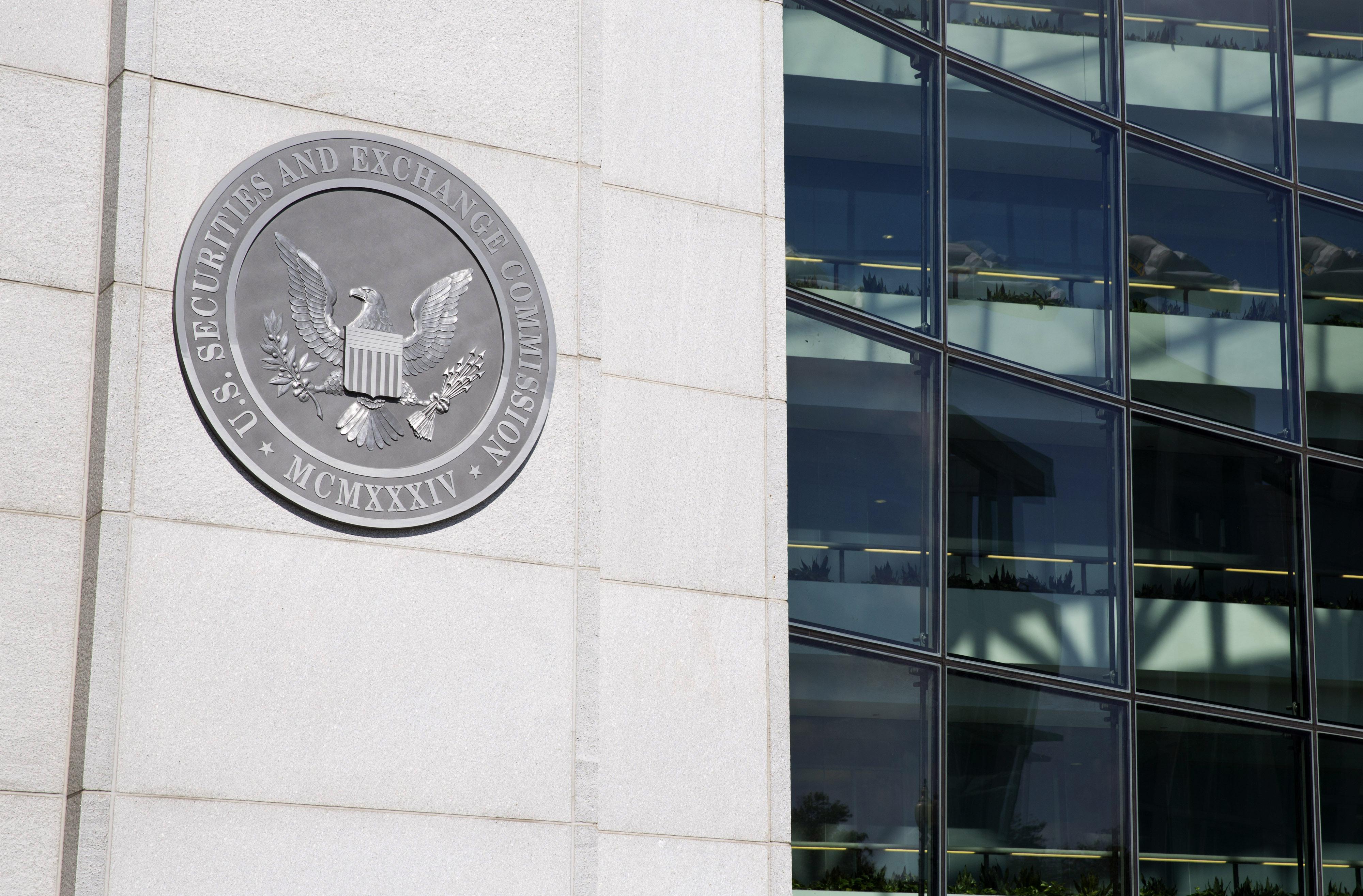 Government Shutdown Begins as Congress Divides on Spending