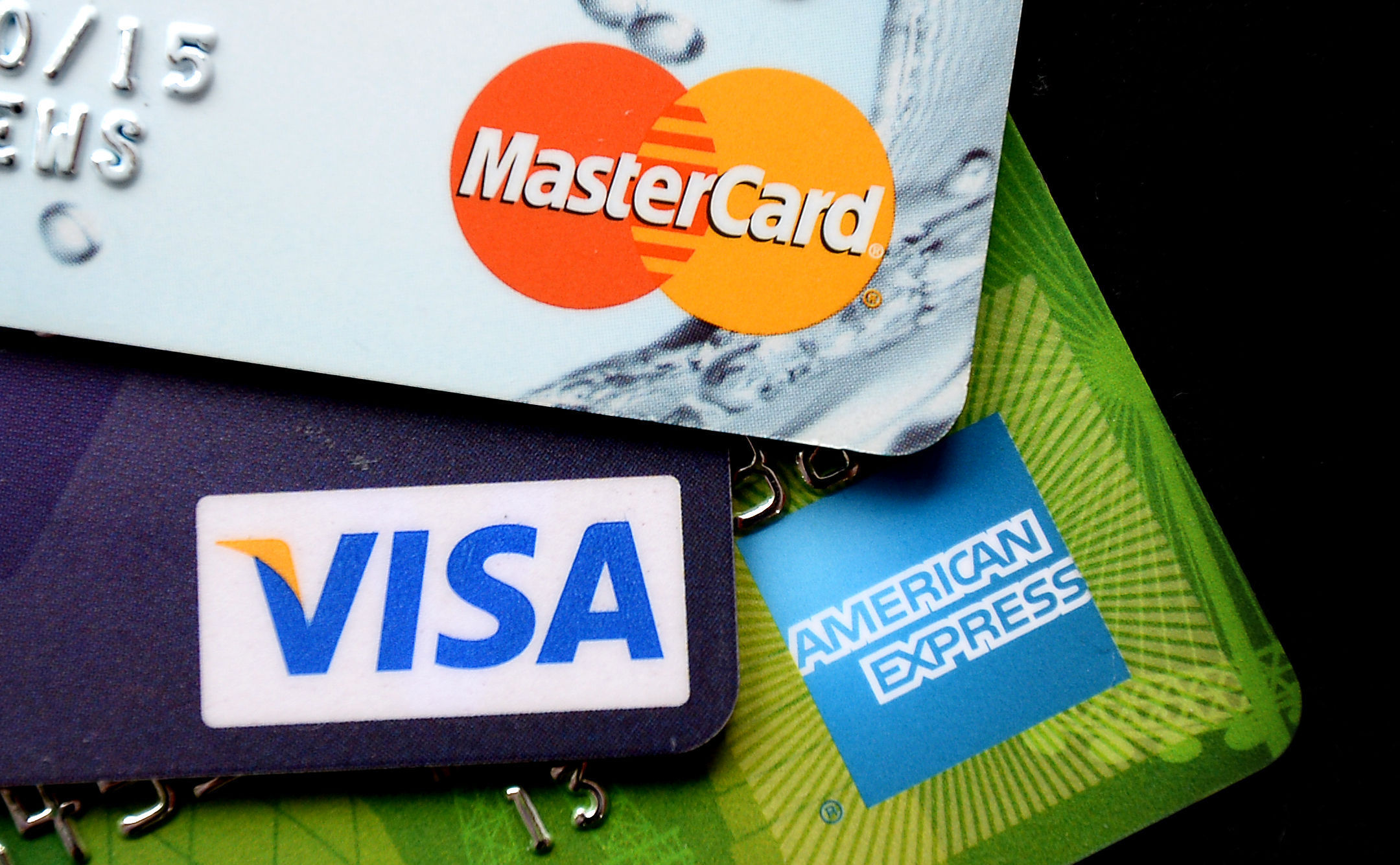 American Express Deals >> American Express Is Falling Behind Its Peers In Credit Card