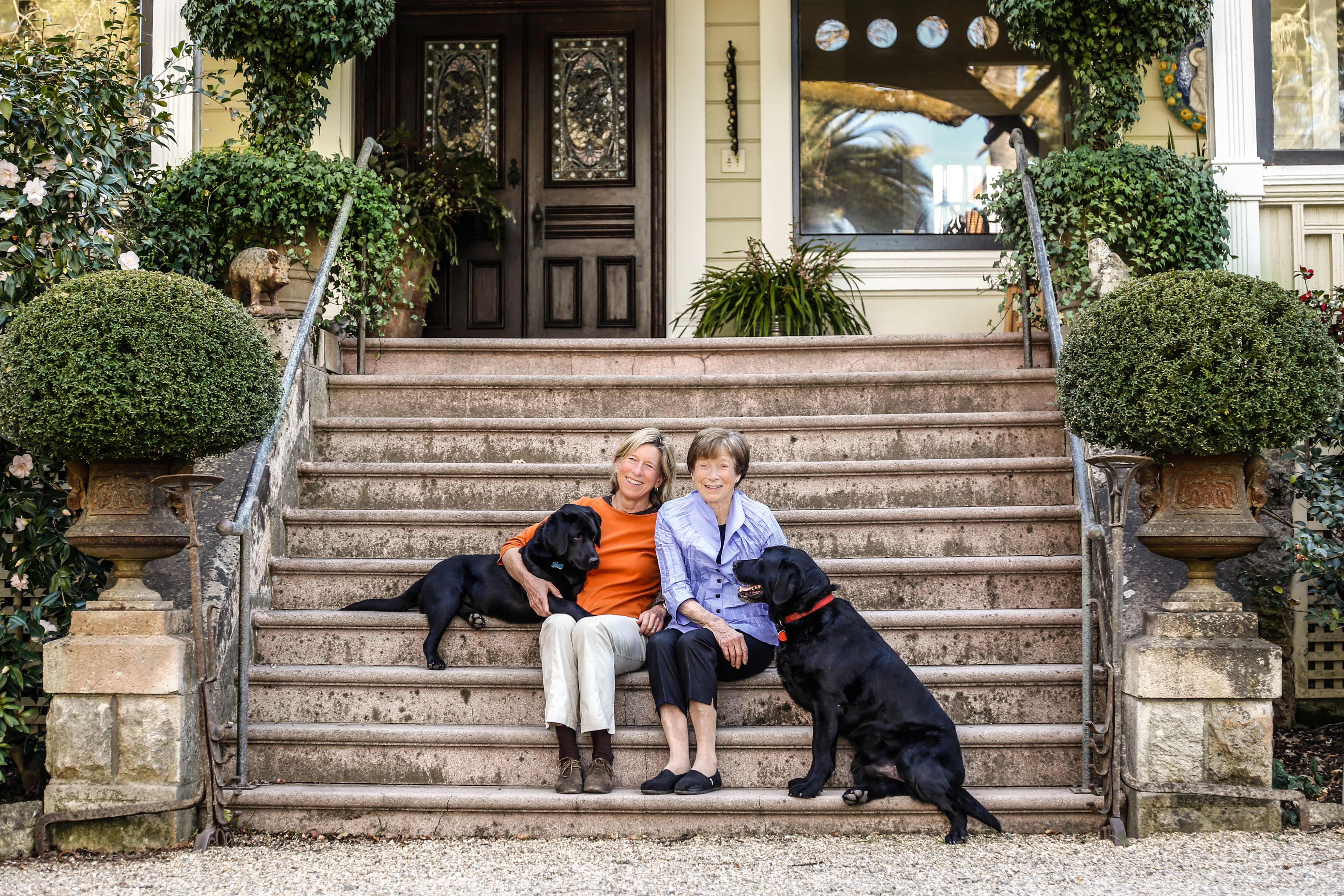Nala, Beth's black lab, Beth, Mary and Riley (The official Chief Greeter who lives at Spottswoode).