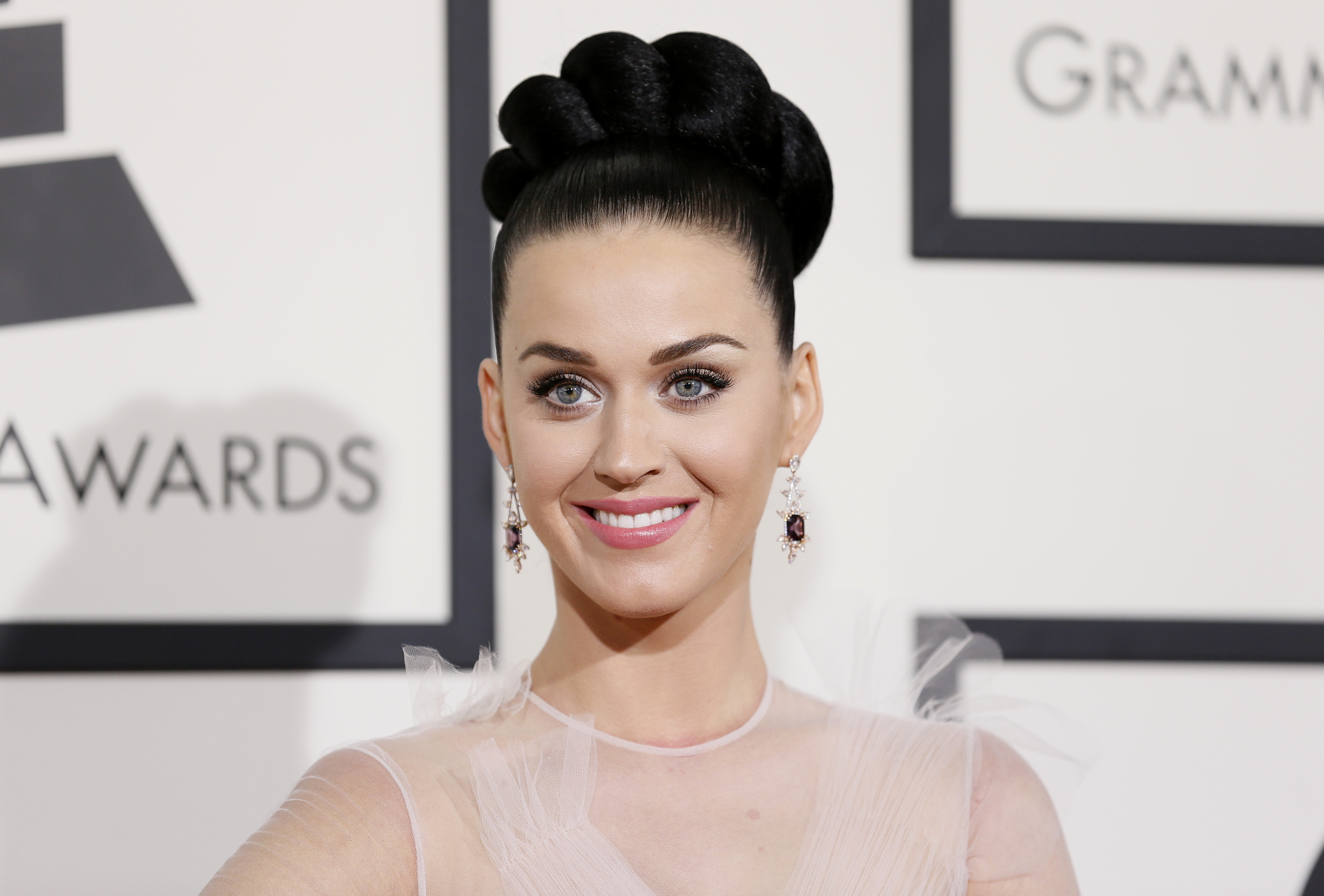 Singer Katy Perry arrives at the 56th annual Grammy Awards in Los Angeles
