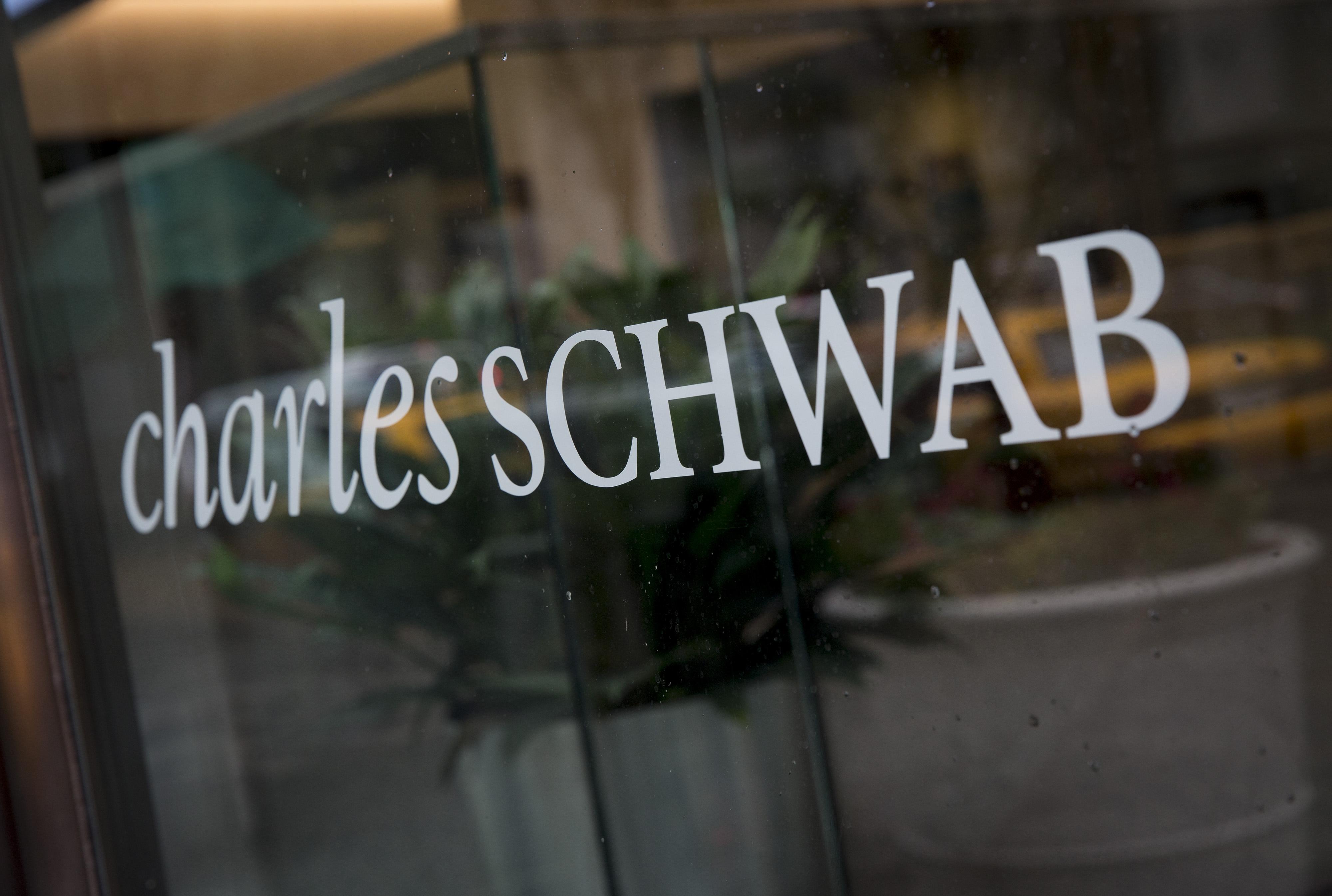 Charles Schwab Corp. Ahead of Earnings