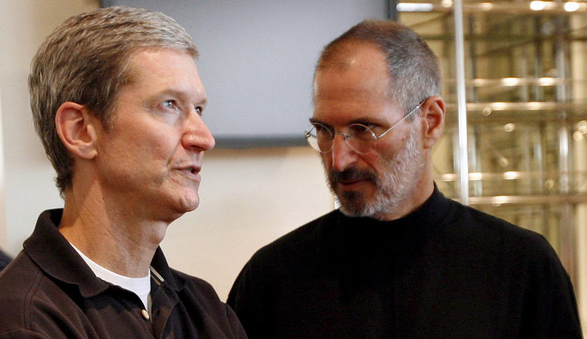 APPLE CEO STEVE JOBS RESIGNS