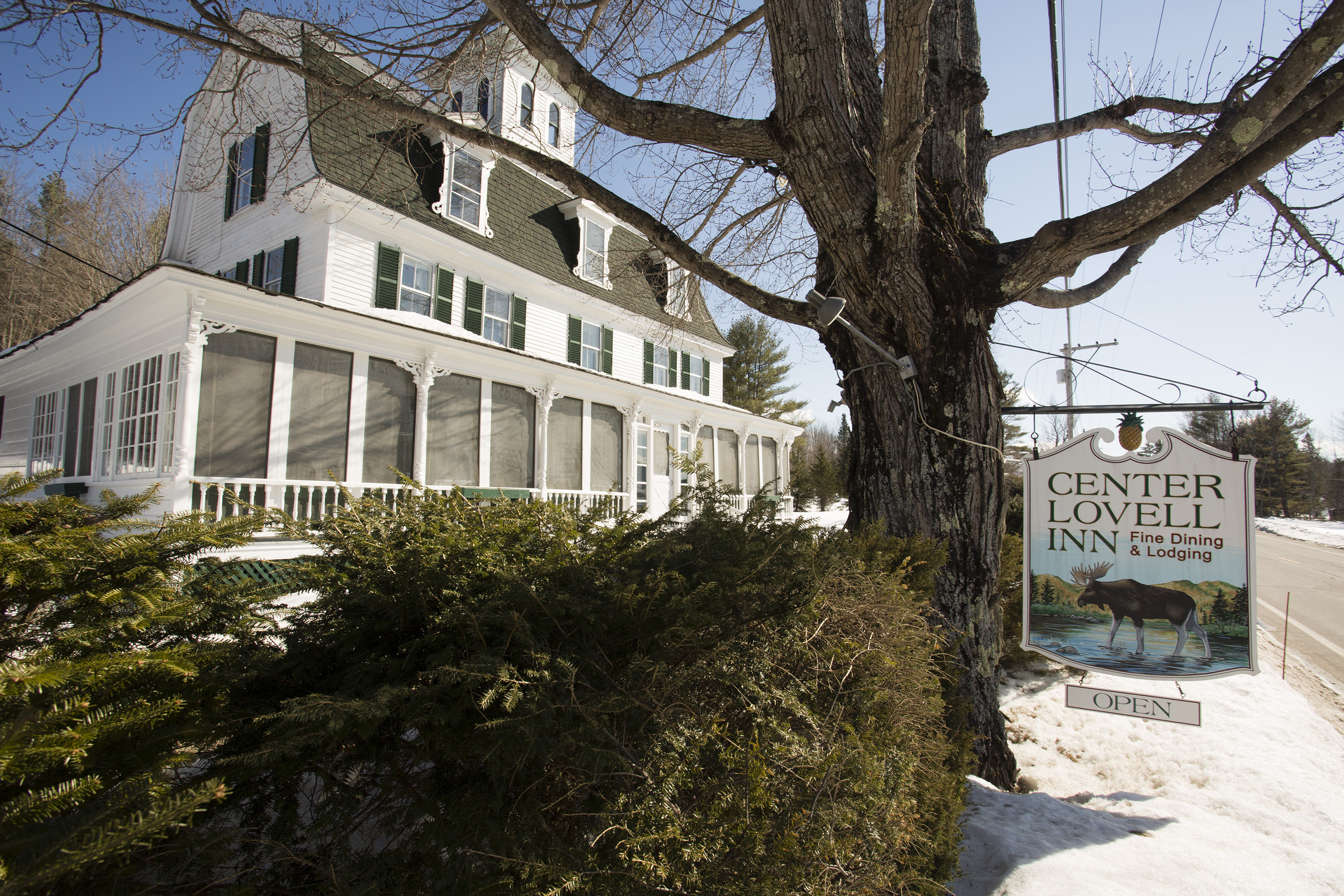 The Center Lovell Inns owner, Janice Sagan, is selling the inn, the same way she bought it 22 years ago, with an essay contest.