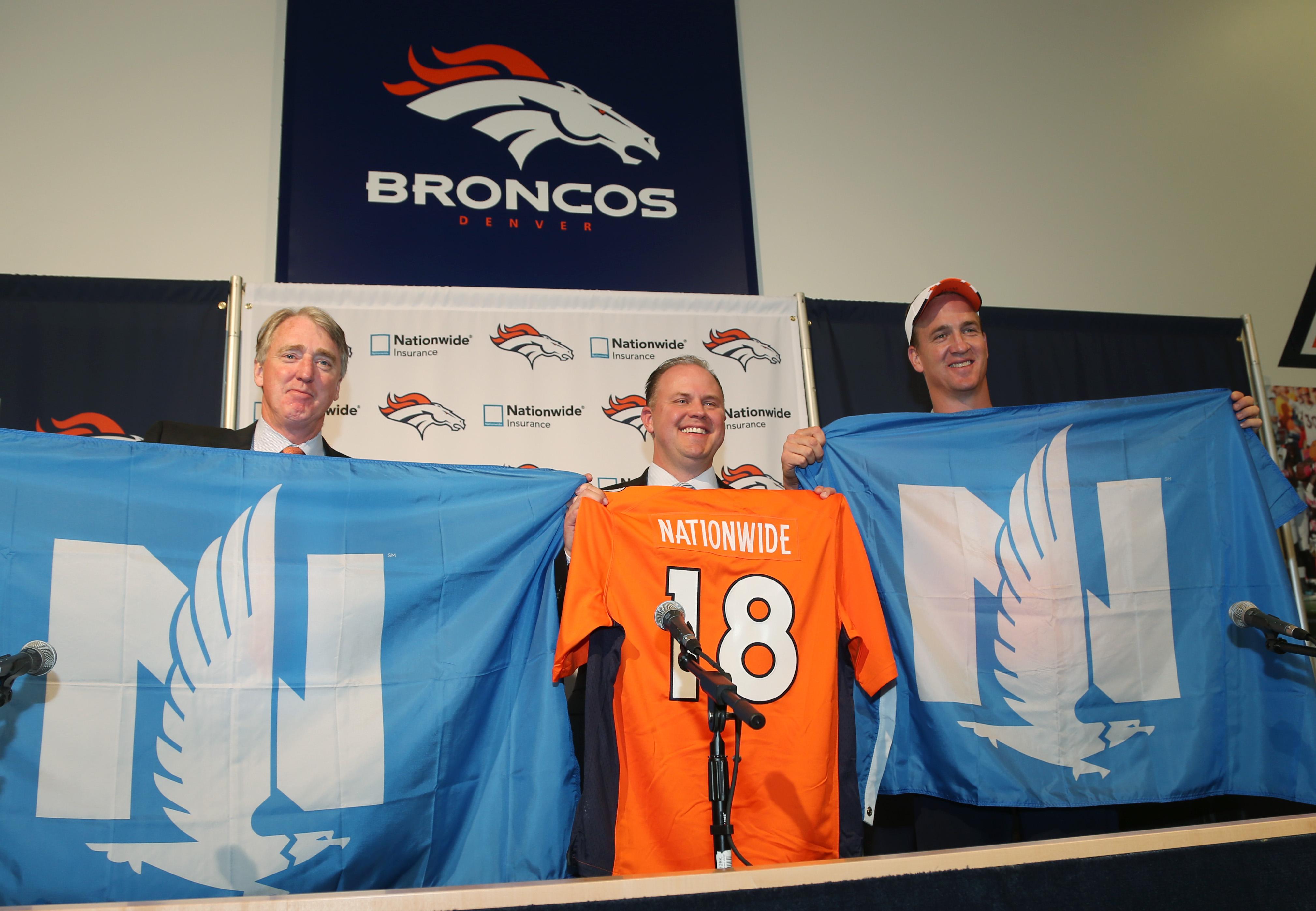 Joe Ellis, Matt Jauchius, Peyton Manning