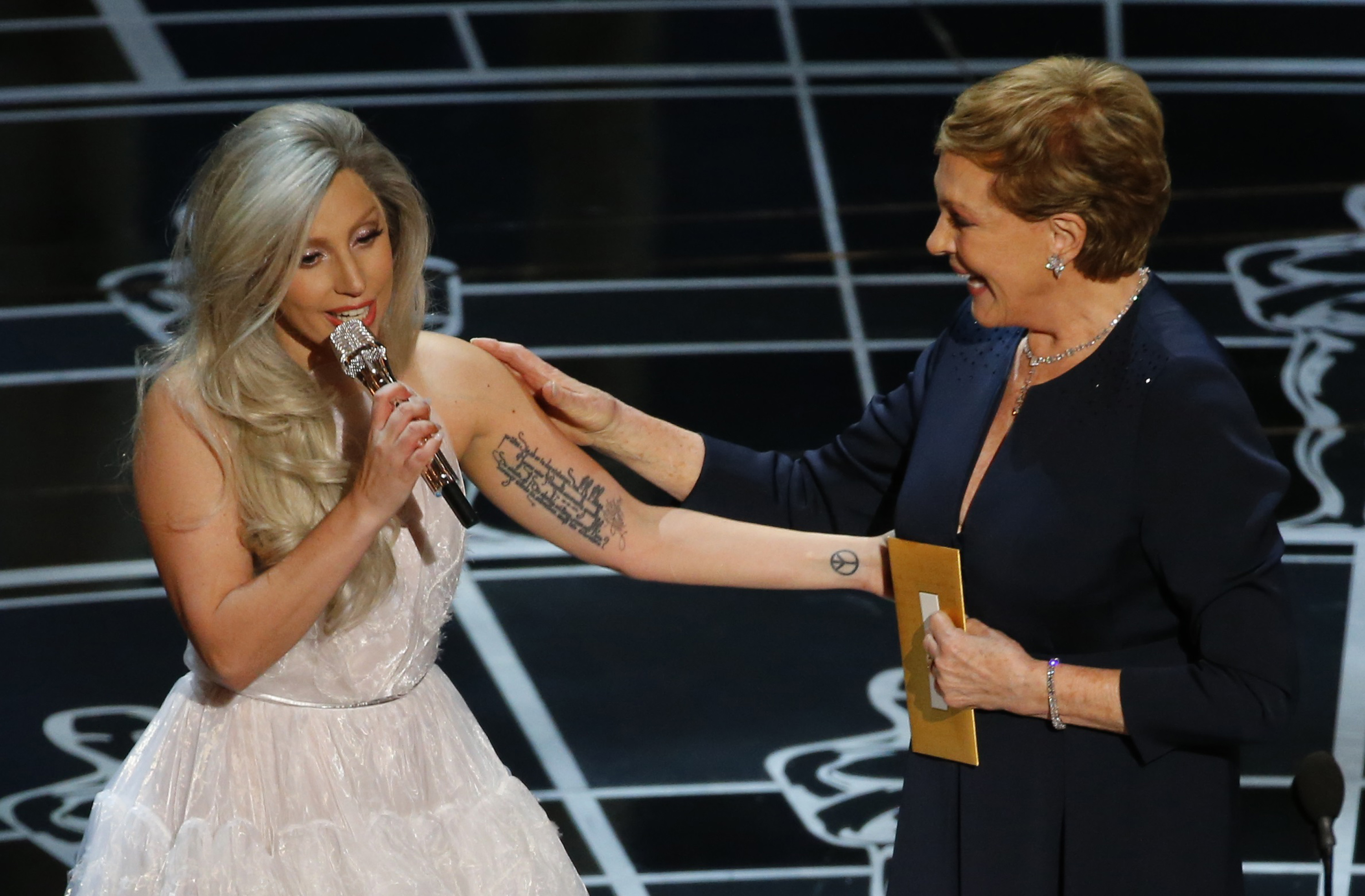 Lady Gaga pays tribute to Julie Andrews after performing songs from the Sound of Music at the 87th Academy Awards in Hollywood, California