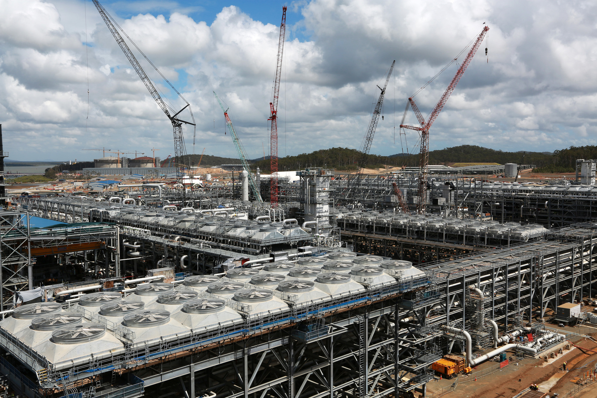 The deal revolves around making the most out of ventures like Shell's massive Queensland LNG project.