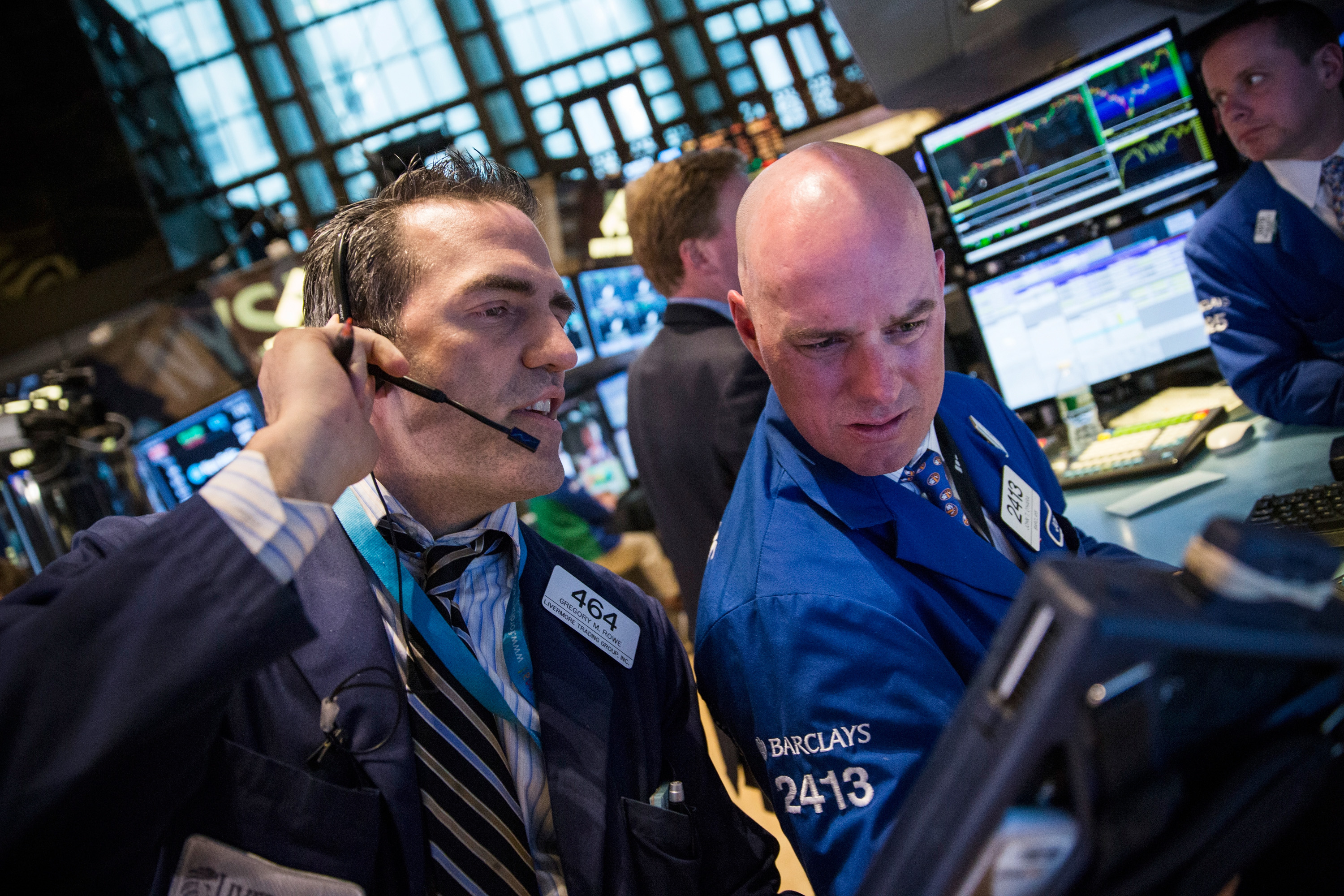 Positive Earnings Push Dow Jones Average Higher For Day