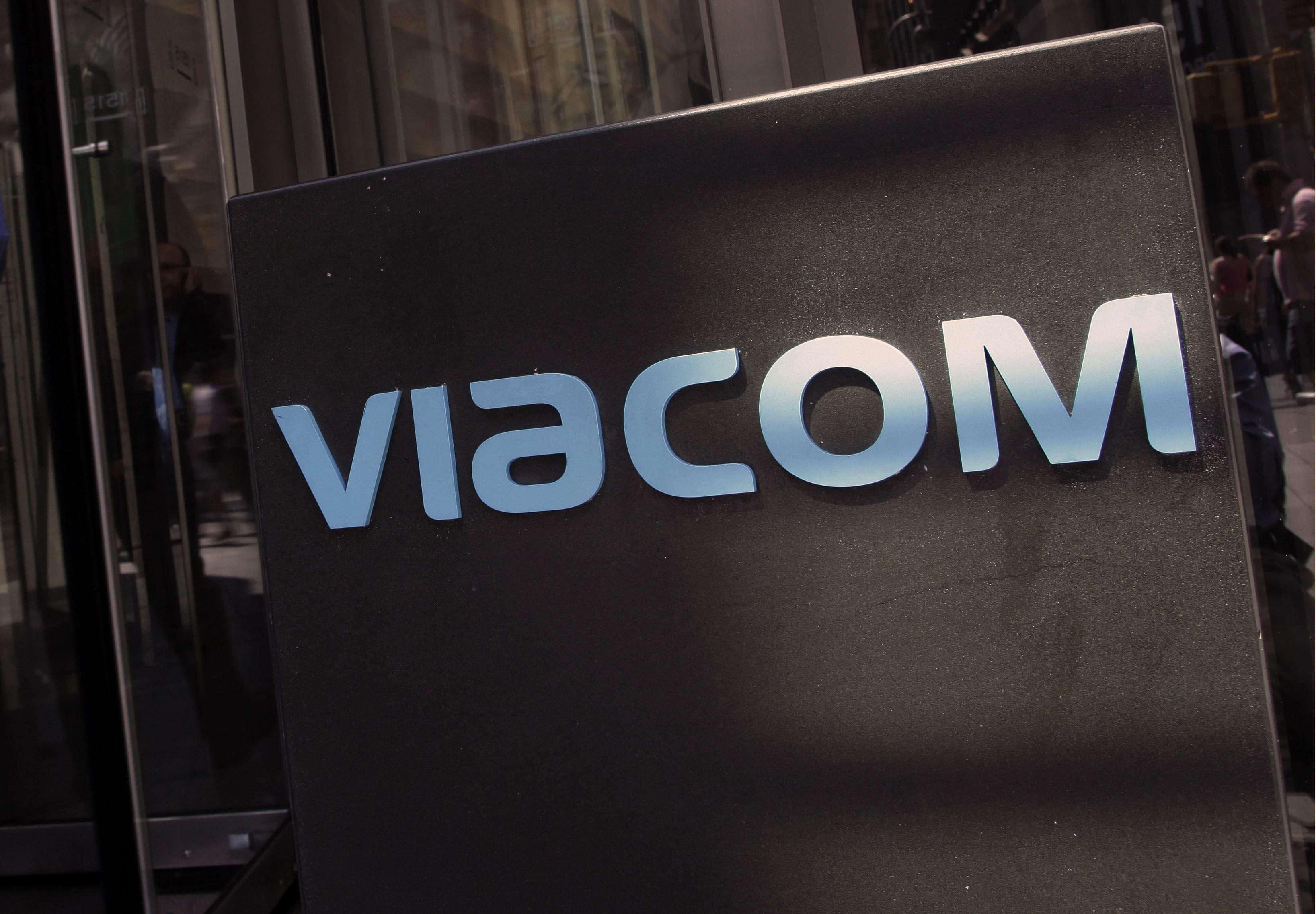 Earns Viacom