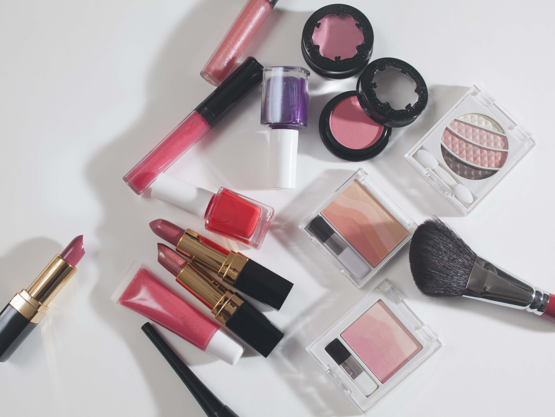 Taking on Avon: 3 cosmetics startups that want Avon's