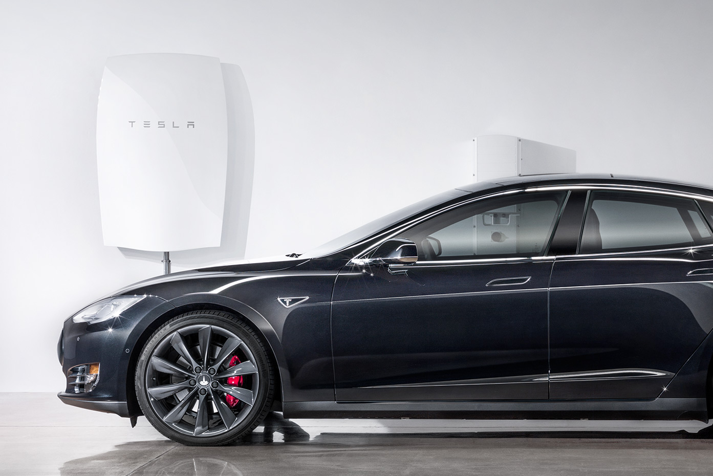 Tesla Powerwall battery (crop)