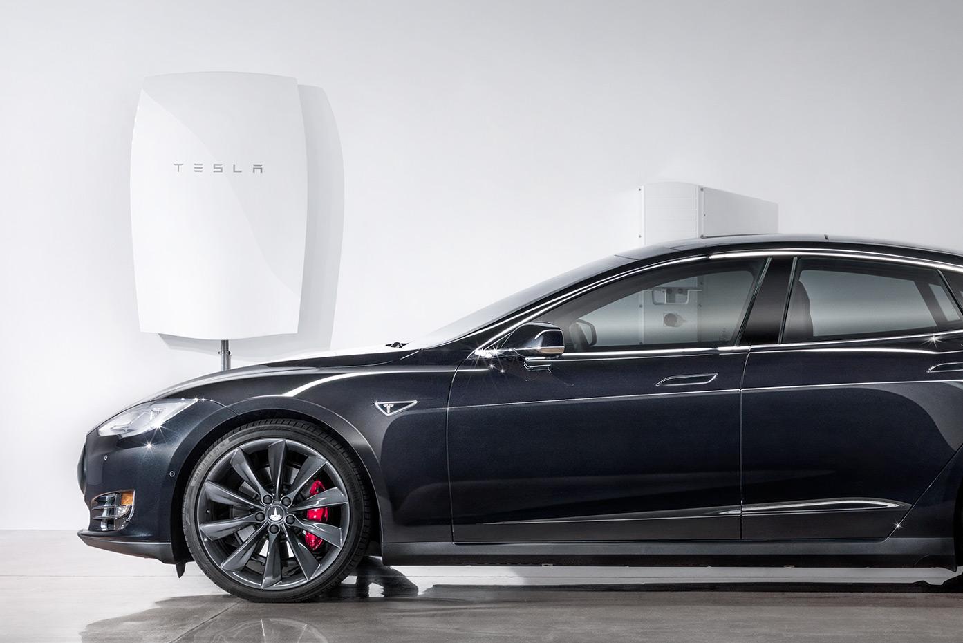 Tesla Powerwall battery (crop)