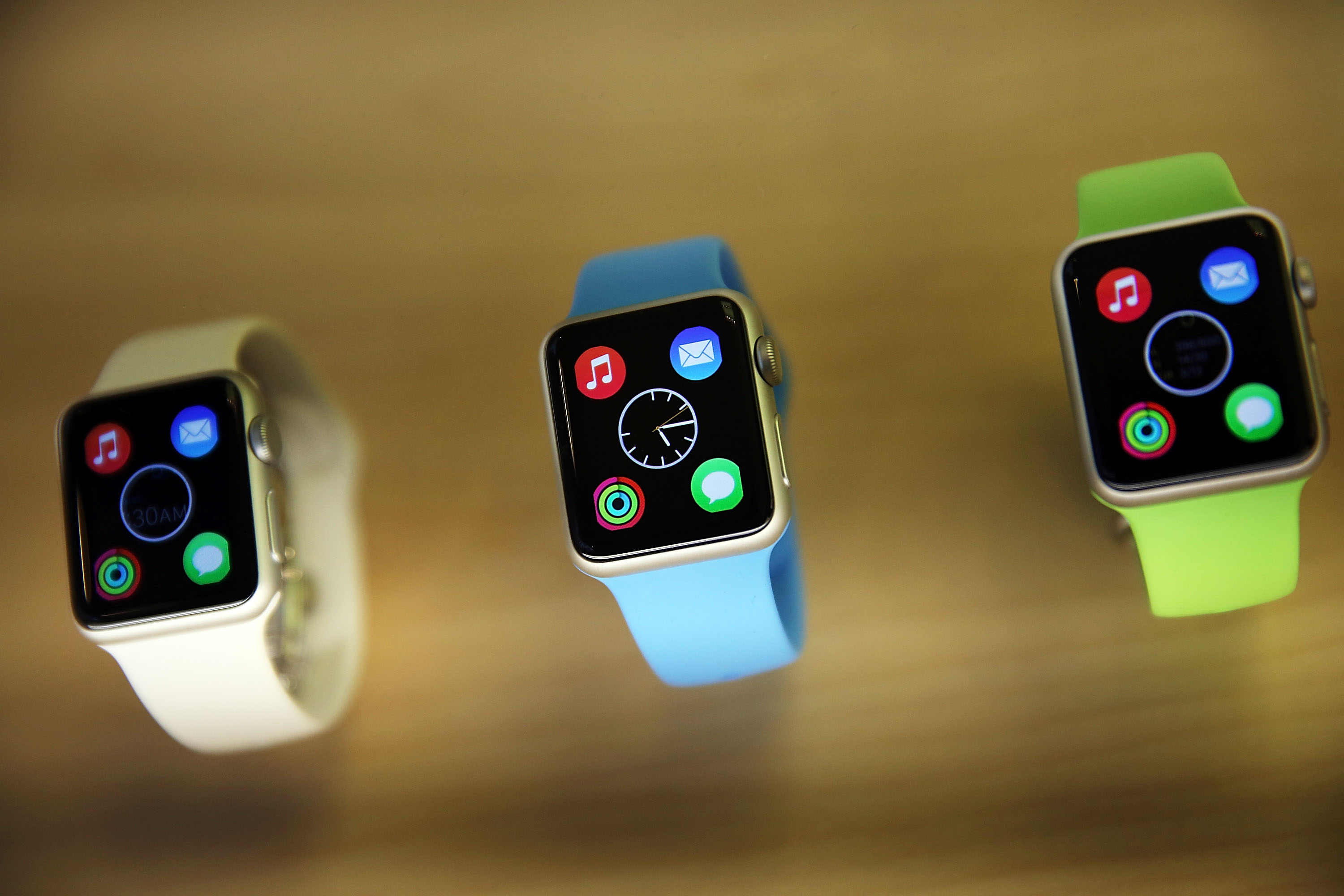 Apple Previews Its New iWatch