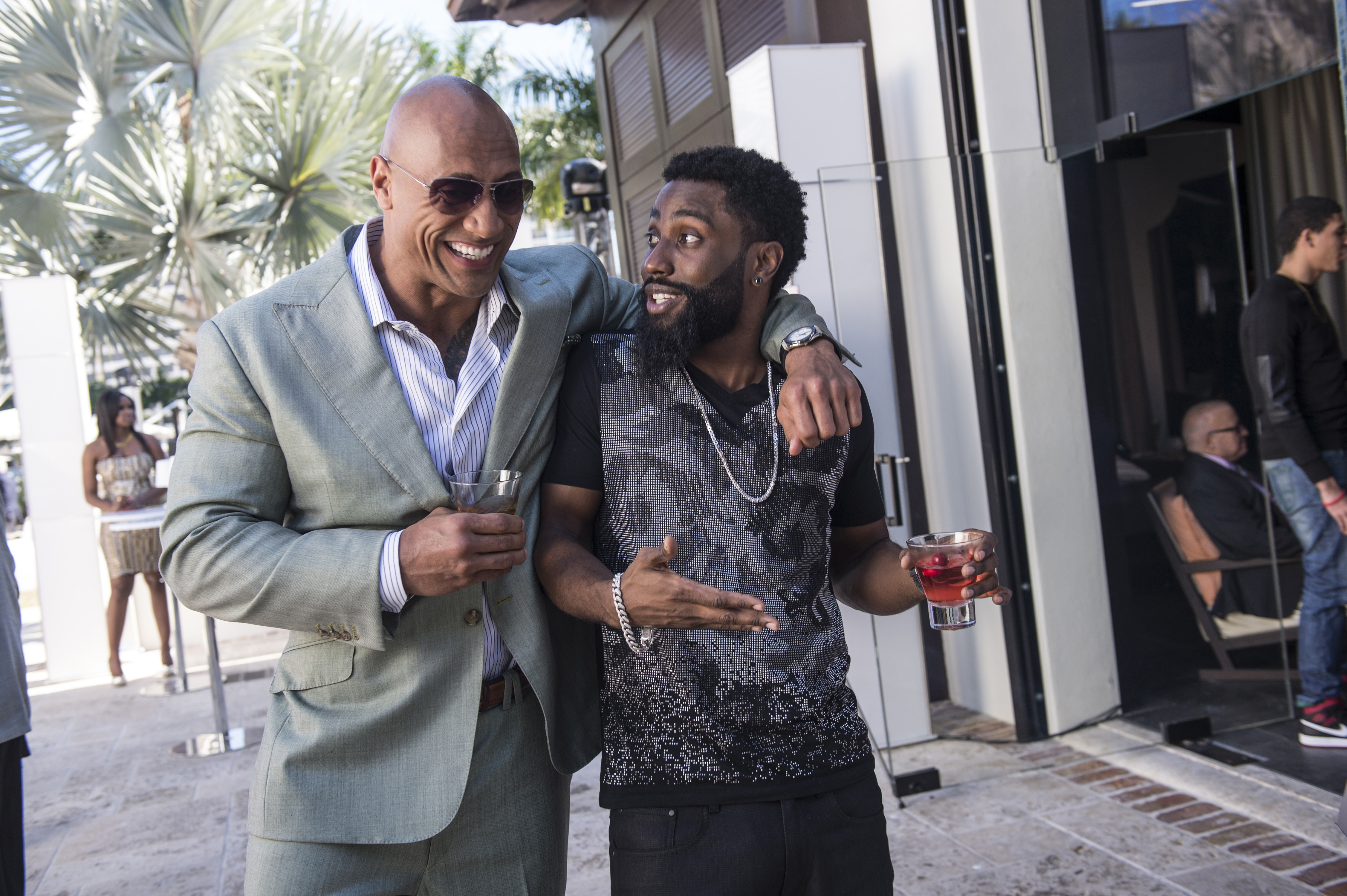 Still of Dwayne Johnson and John David Washington in Ballers.