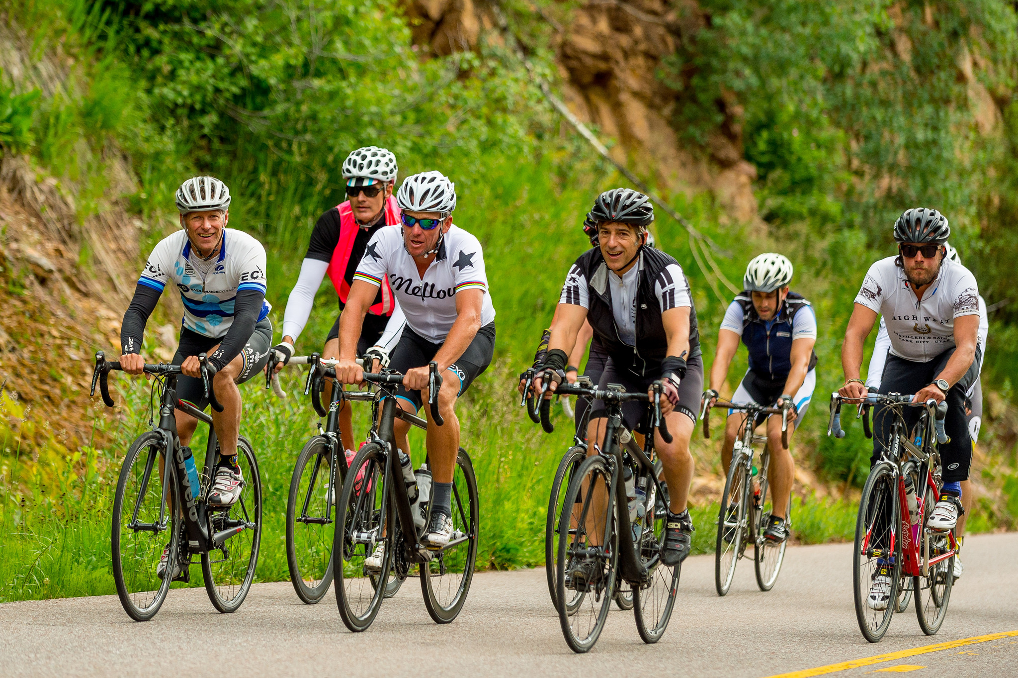 Lance Armstrong (in center wearing white shirt) during the Fortune Brainstorm Tech bike ride.
