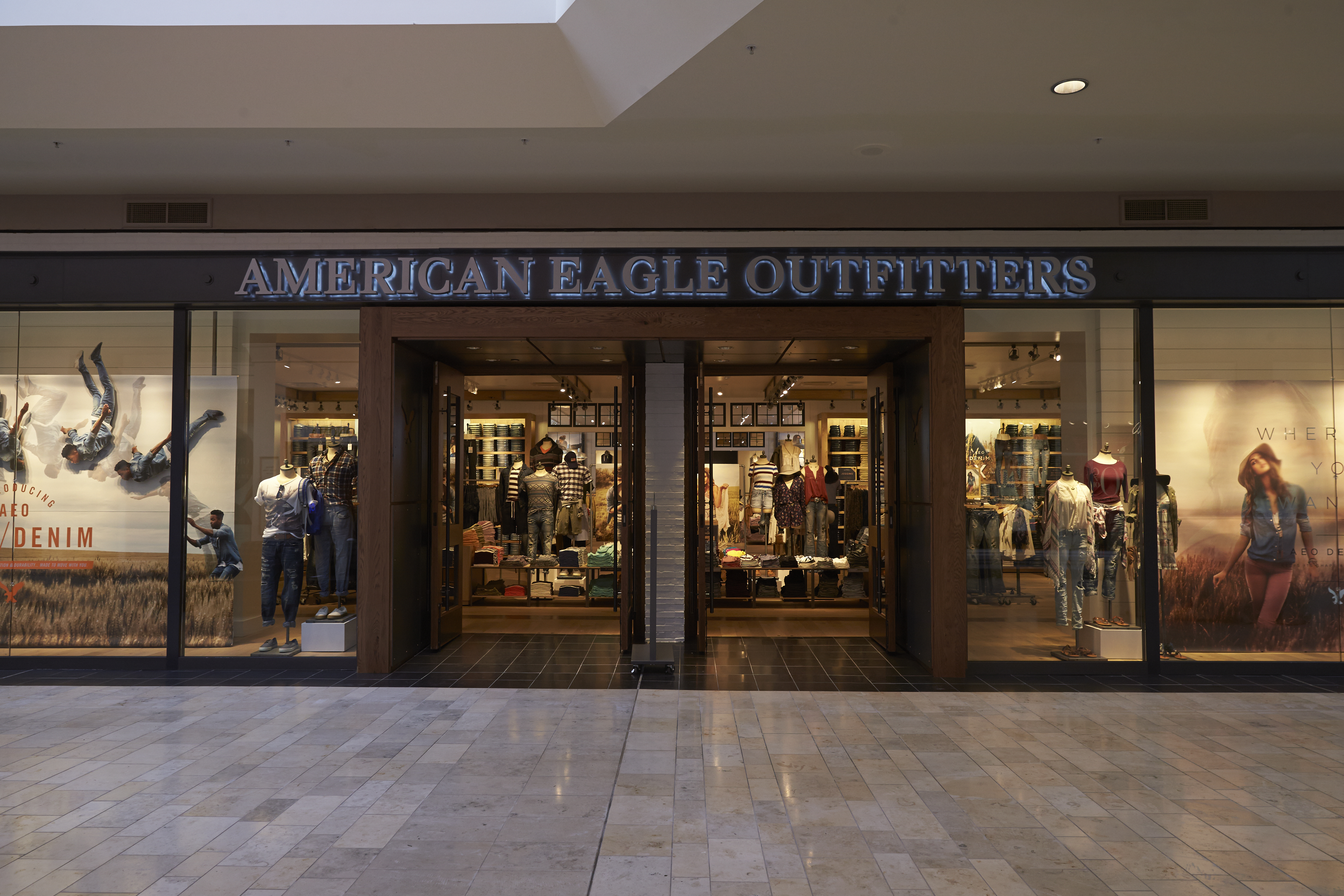 American Eagle Outfitters store in Ross Park Mall, in Pittsburgh