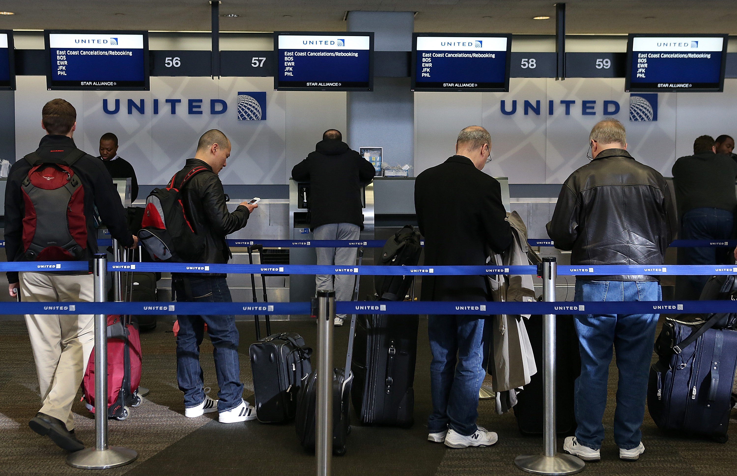 East Coast Blizzard Forces Cancellations Of Thousands Of Flights Nationwide
