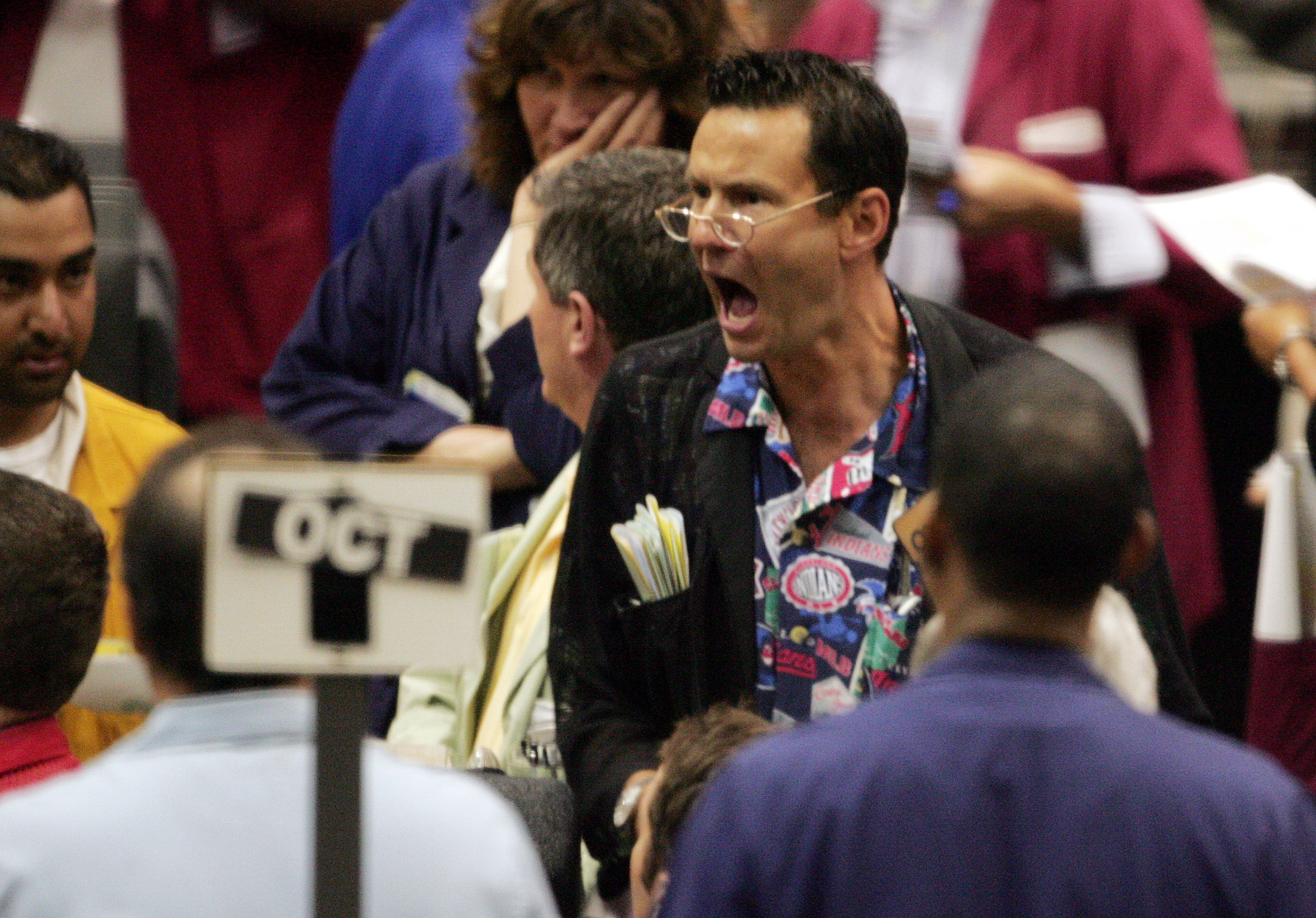 U.S. Cattle Futures Flat After Mad Cow Disease Reported