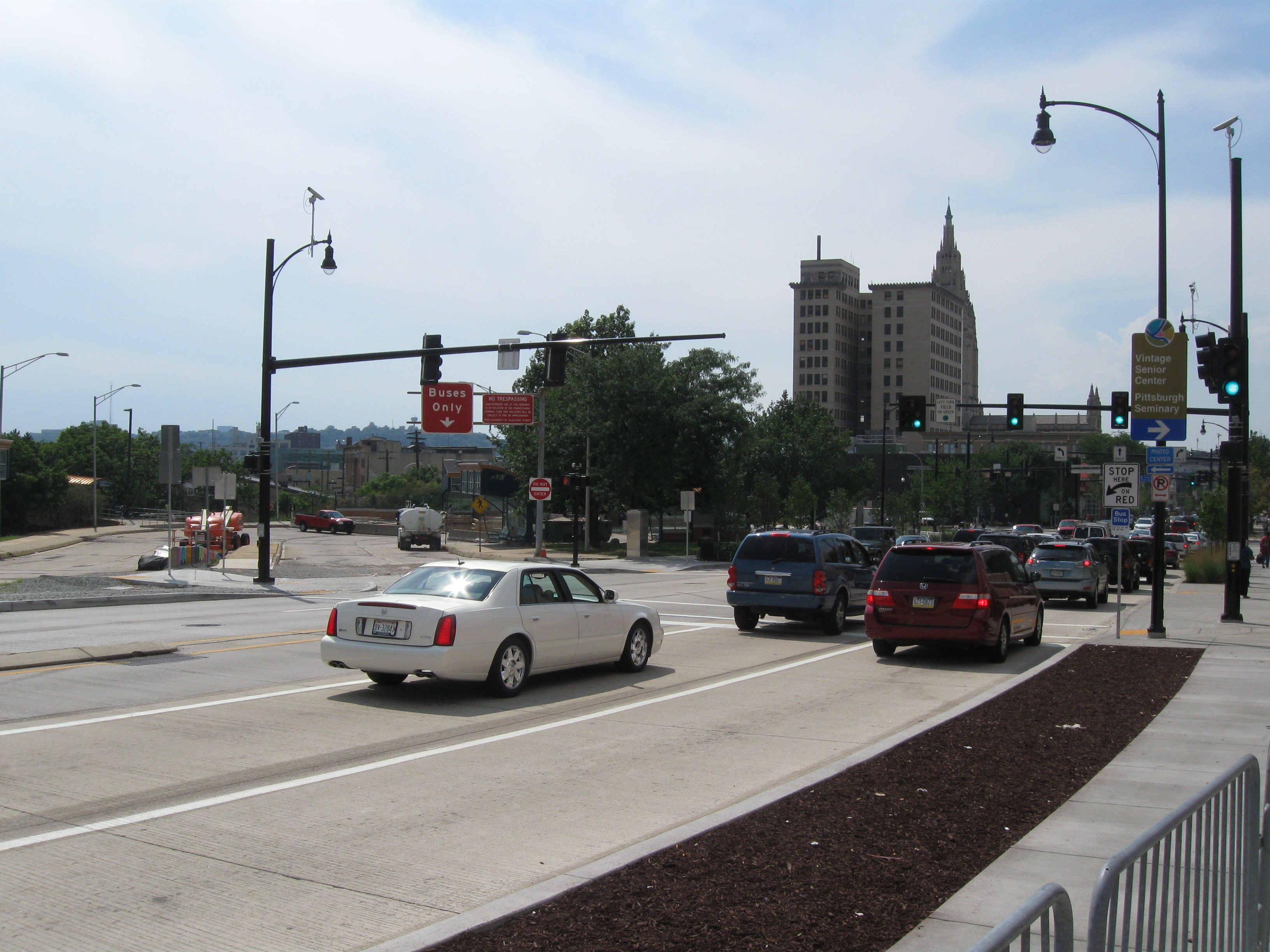 One of nine original Surtrac-based signals in Pittsburgh, showing cameras and sensors.