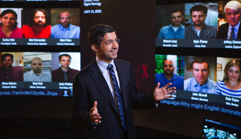 Strategy professor Bharat Anand leads a session in Harvard Business School's new virtual classroom.