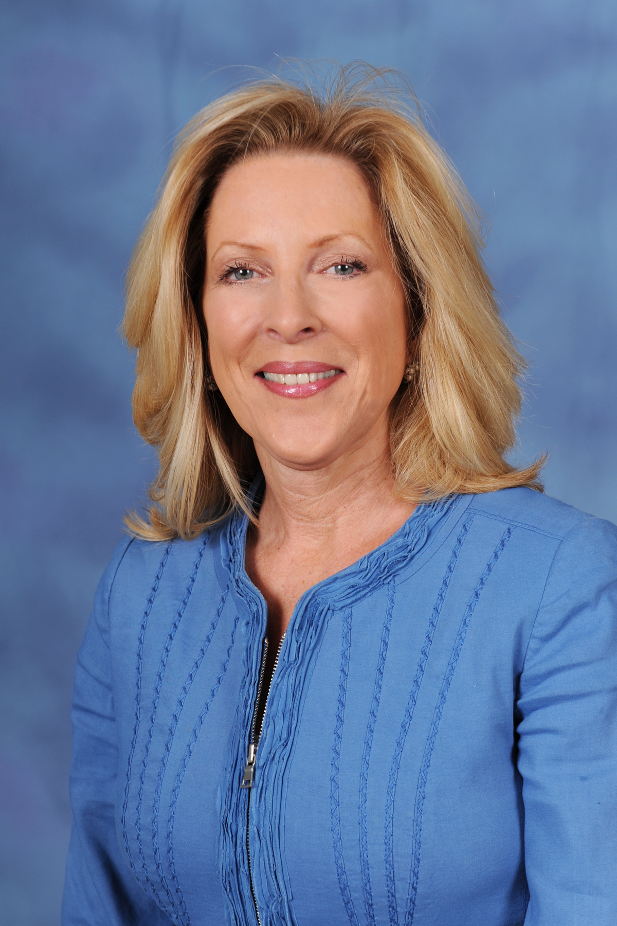Deb Aldredge, chief administrative officer of Farmers Insurance