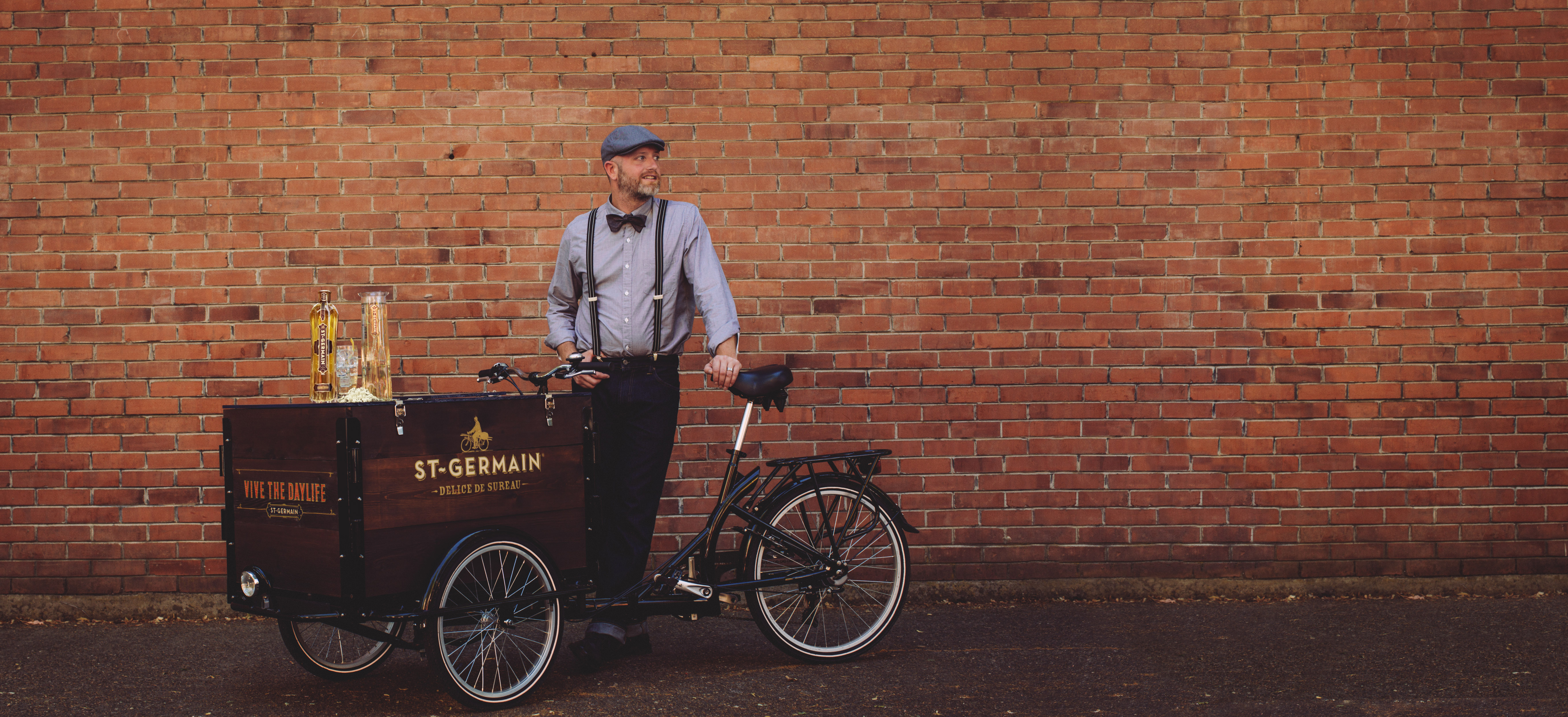 This week, St-Germain and startup Minibar are using a fleet of 10 bikes to deliver cocktails across Manhattan and Brooklyn.